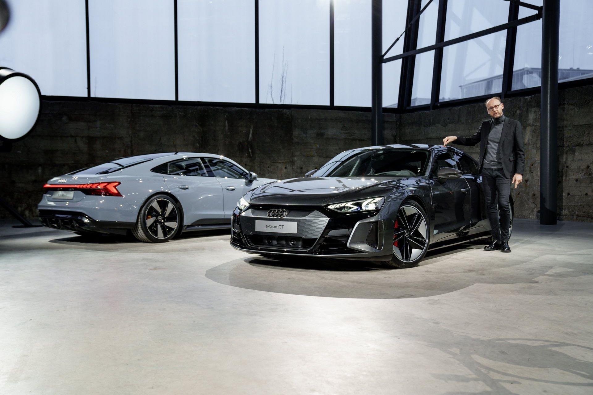 2022-Audi-e-tron-GT-1