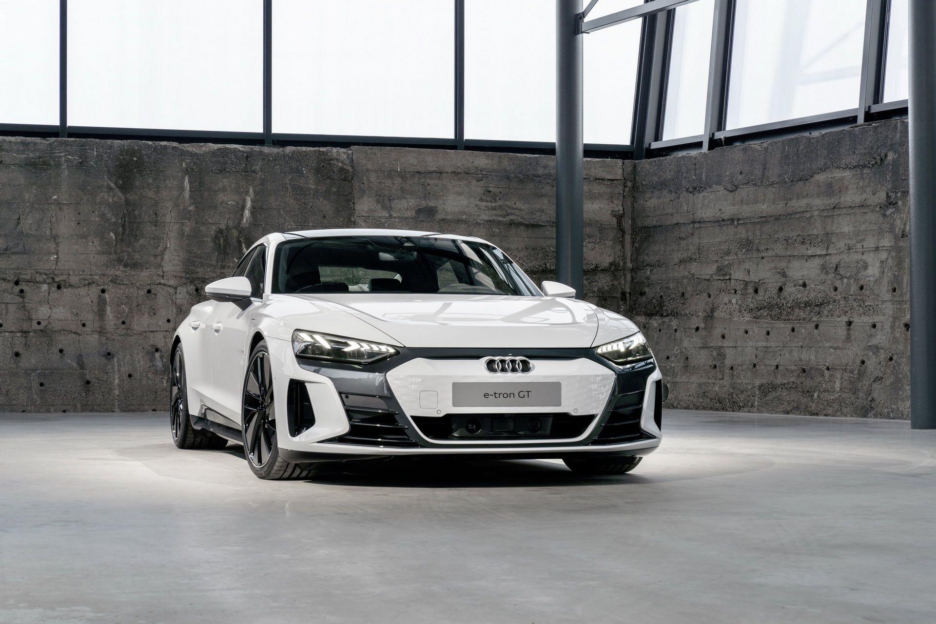 2022-Audi-e-tron-GT-11