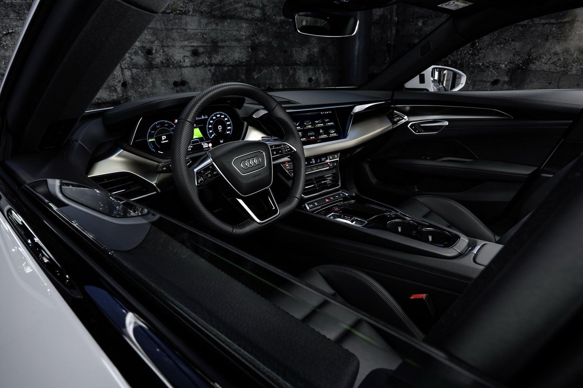 2022-Audi-e-tron-GT-21