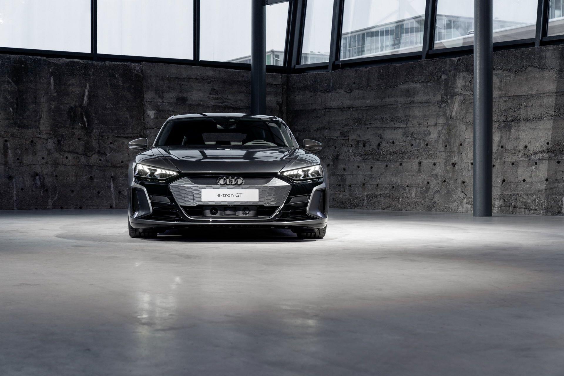 2022-Audi-e-tron-GT-25