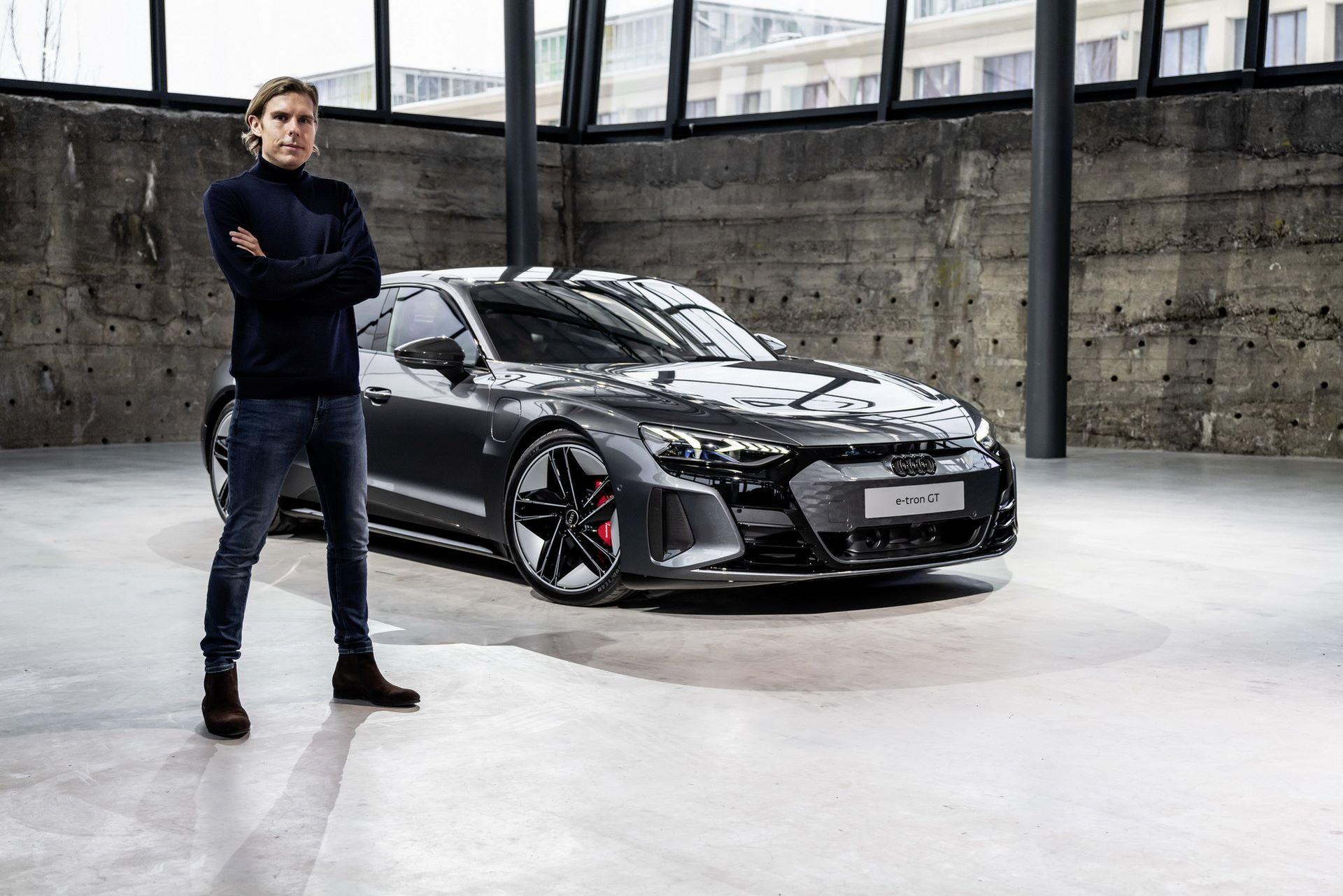 2022-Audi-e-tron-GT-37