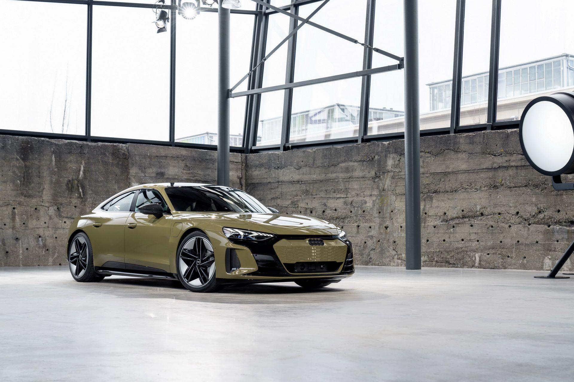 2022-Audi-e-tron-GT-4