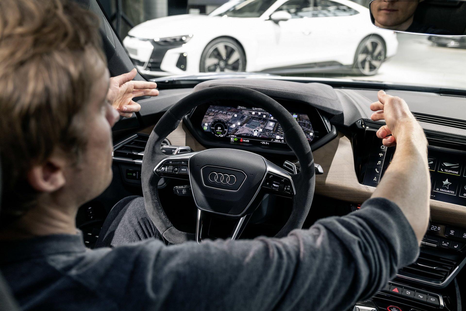 2022-Audi-e-tron-GT-40