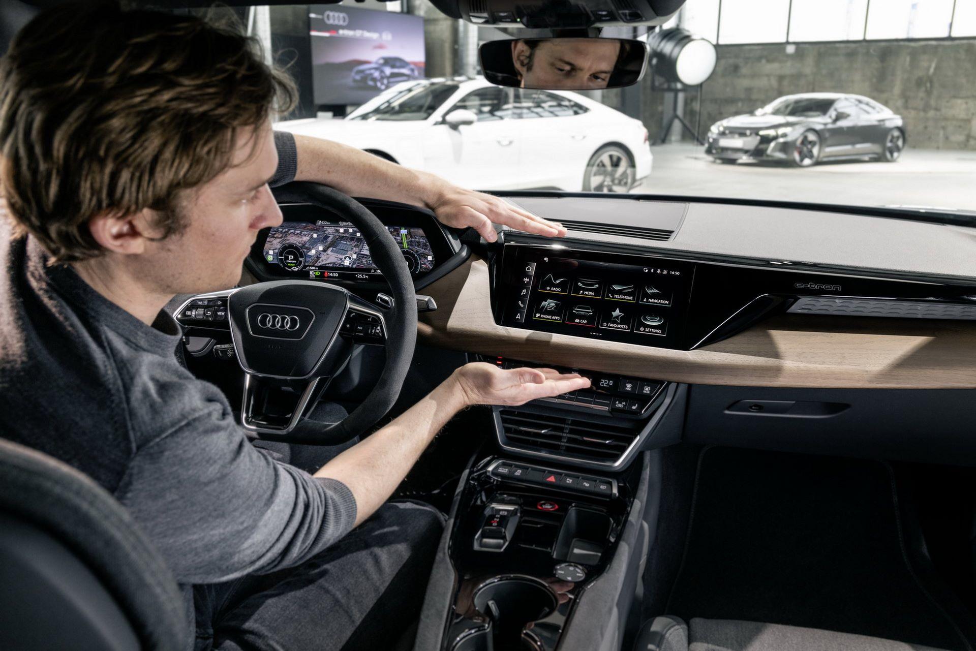 2022-Audi-e-tron-GT-41