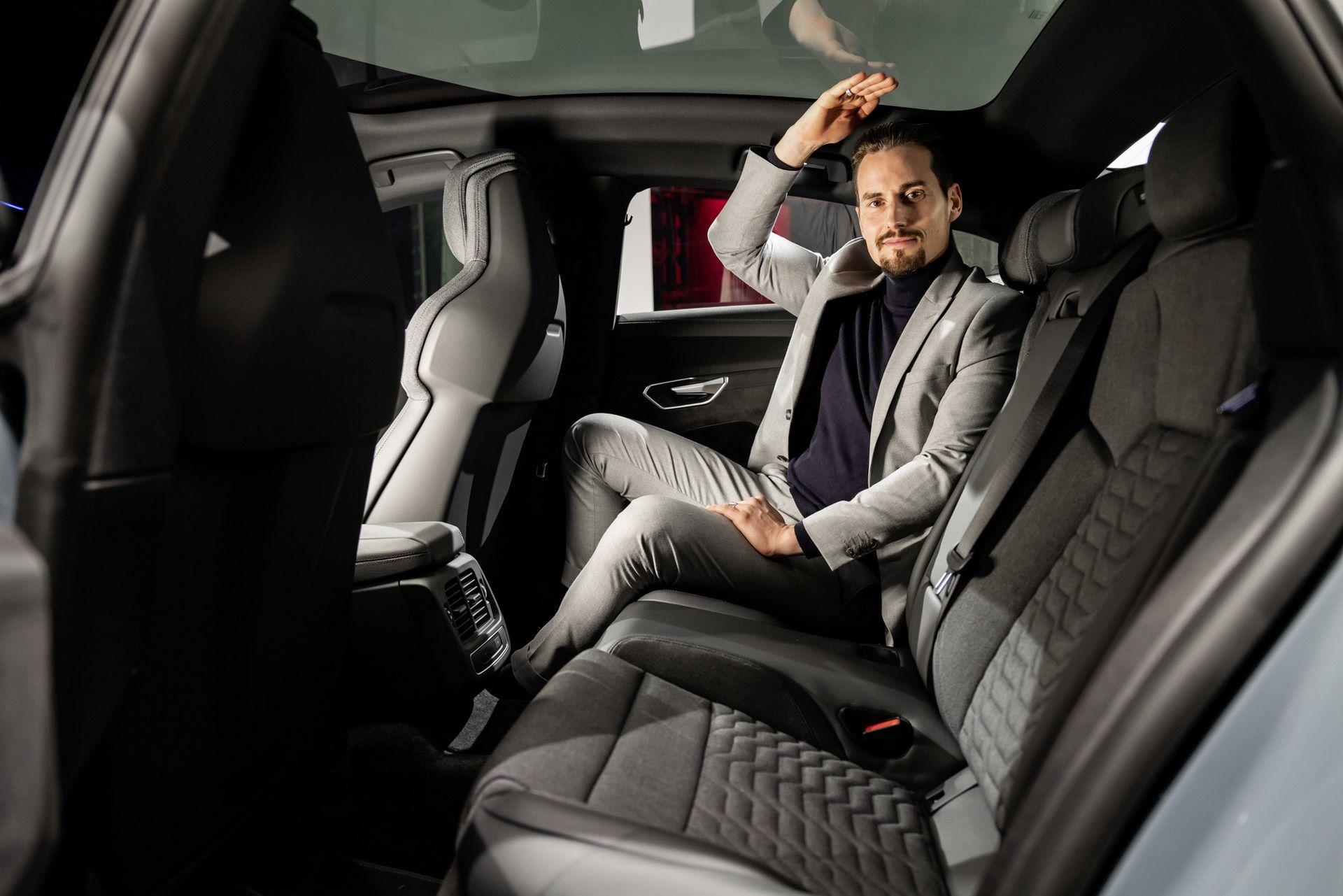 2022-Audi-e-tron-GT-50