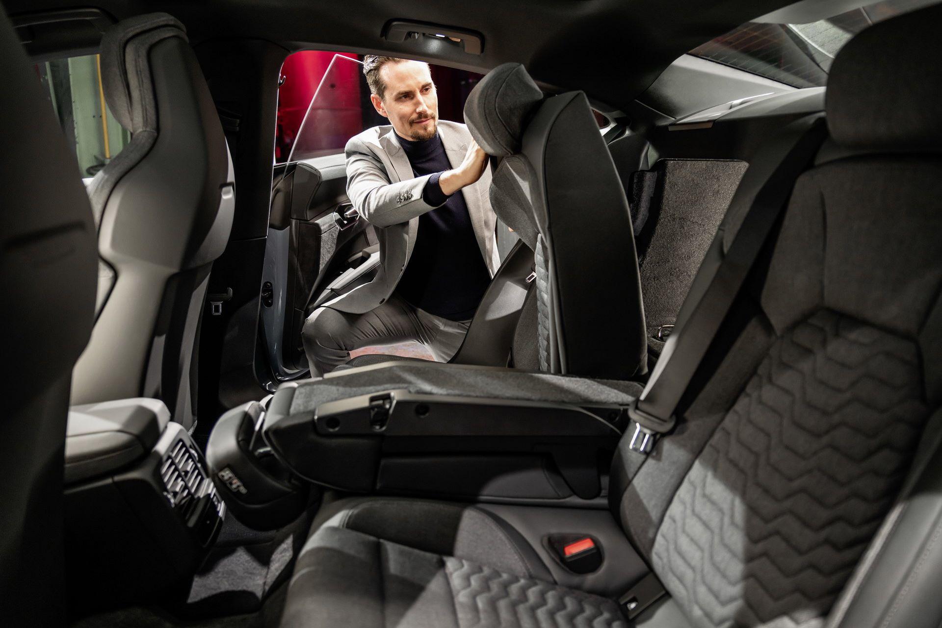 2022-Audi-e-tron-GT-51