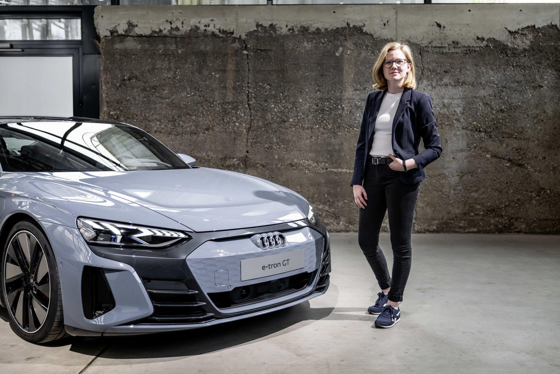 2022-Audi-e-tron-GT-63