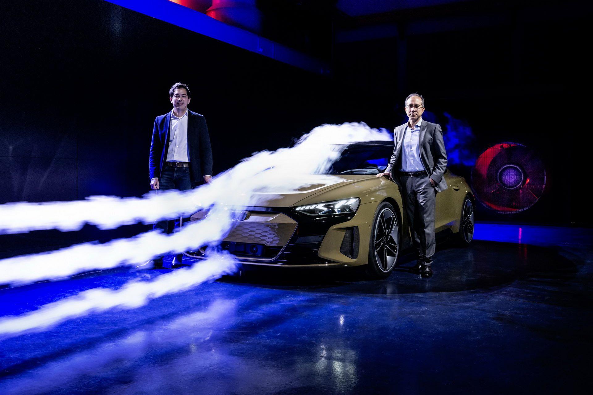 2022-Audi-e-tron-GT-65