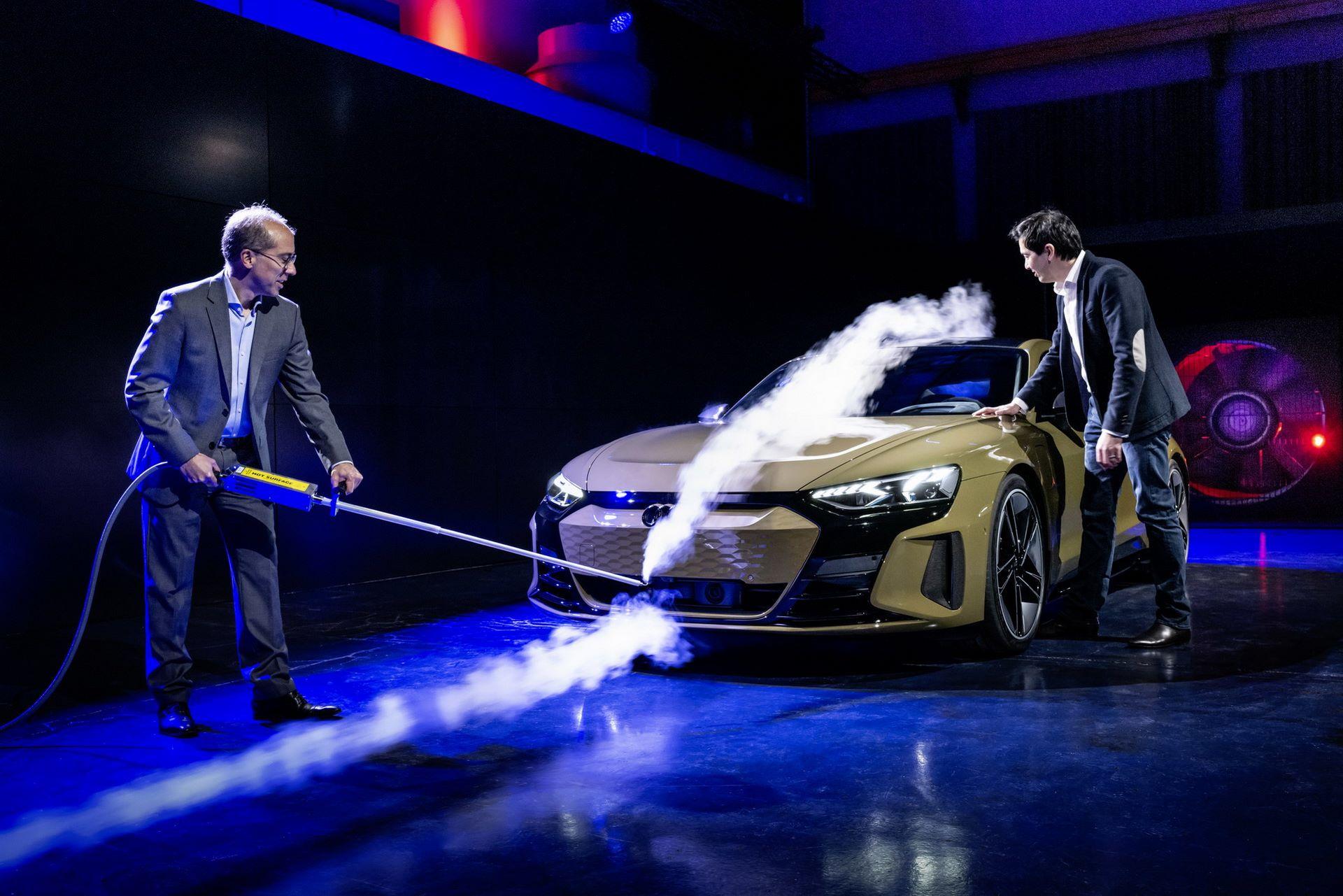 2022-Audi-e-tron-GT-66