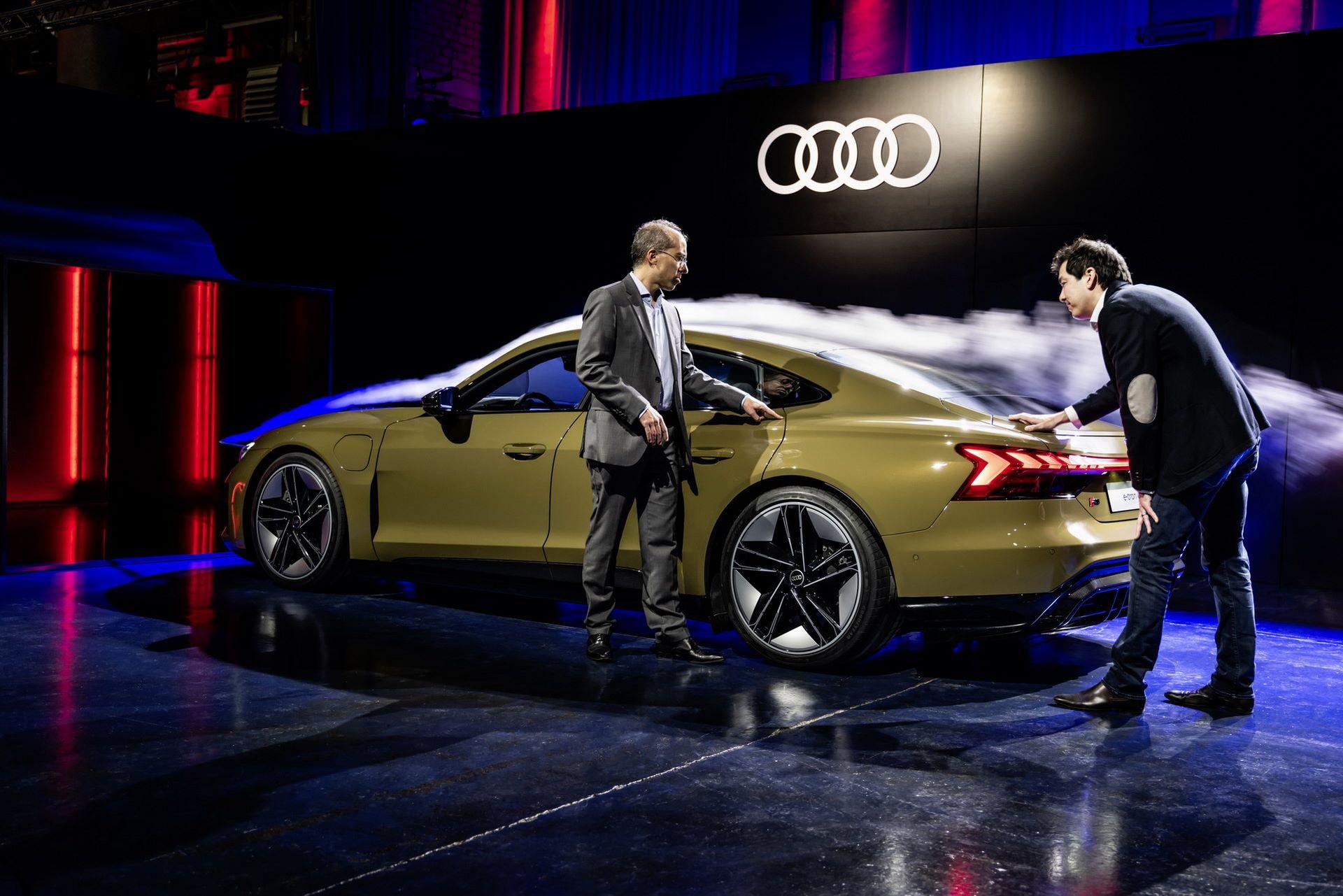 2022-Audi-e-tron-GT-75