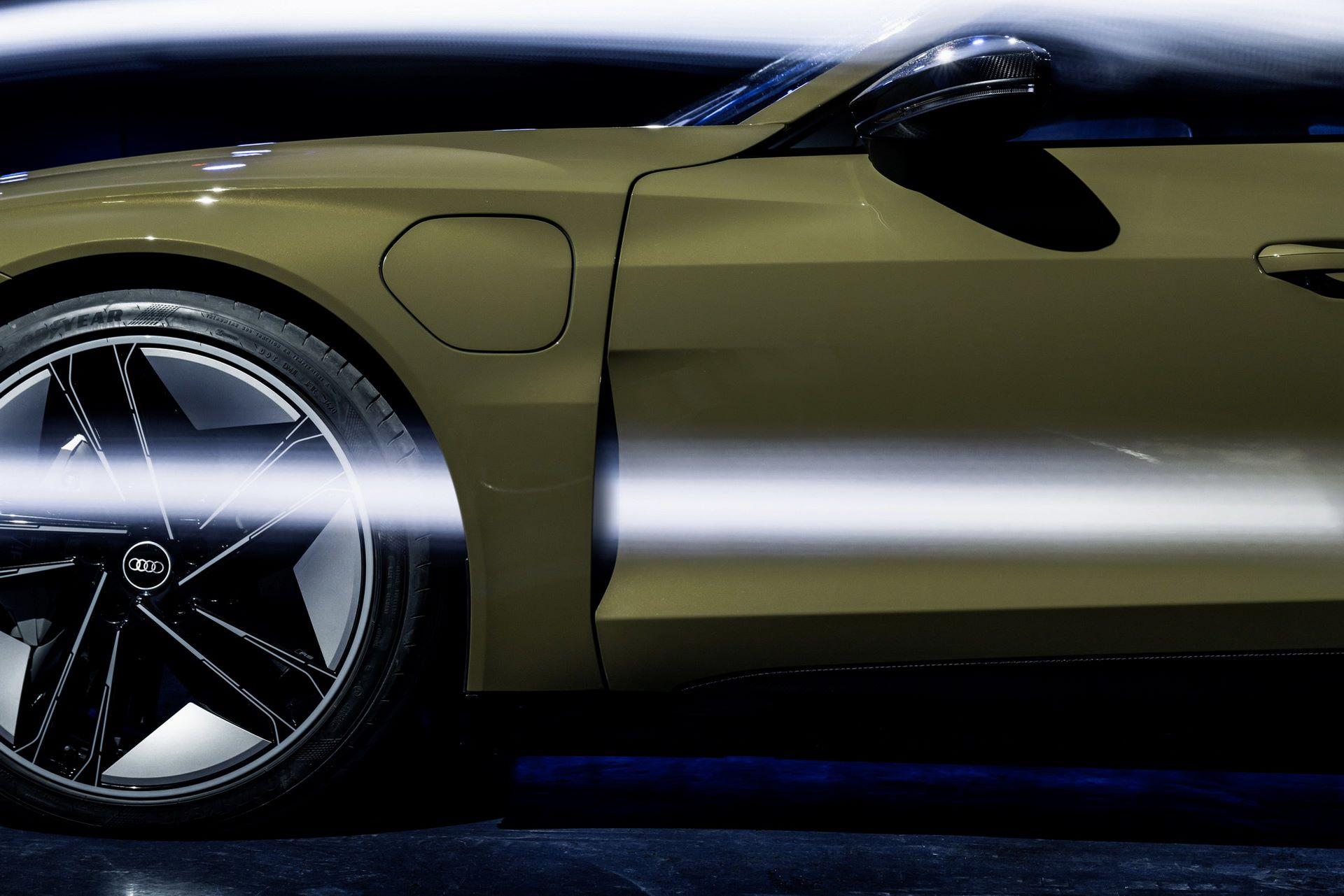 2022-Audi-e-tron-GT-76