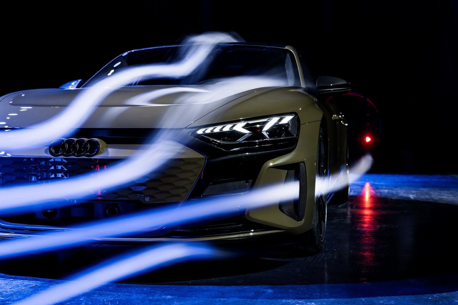2022-Audi-e-tron-GT-77