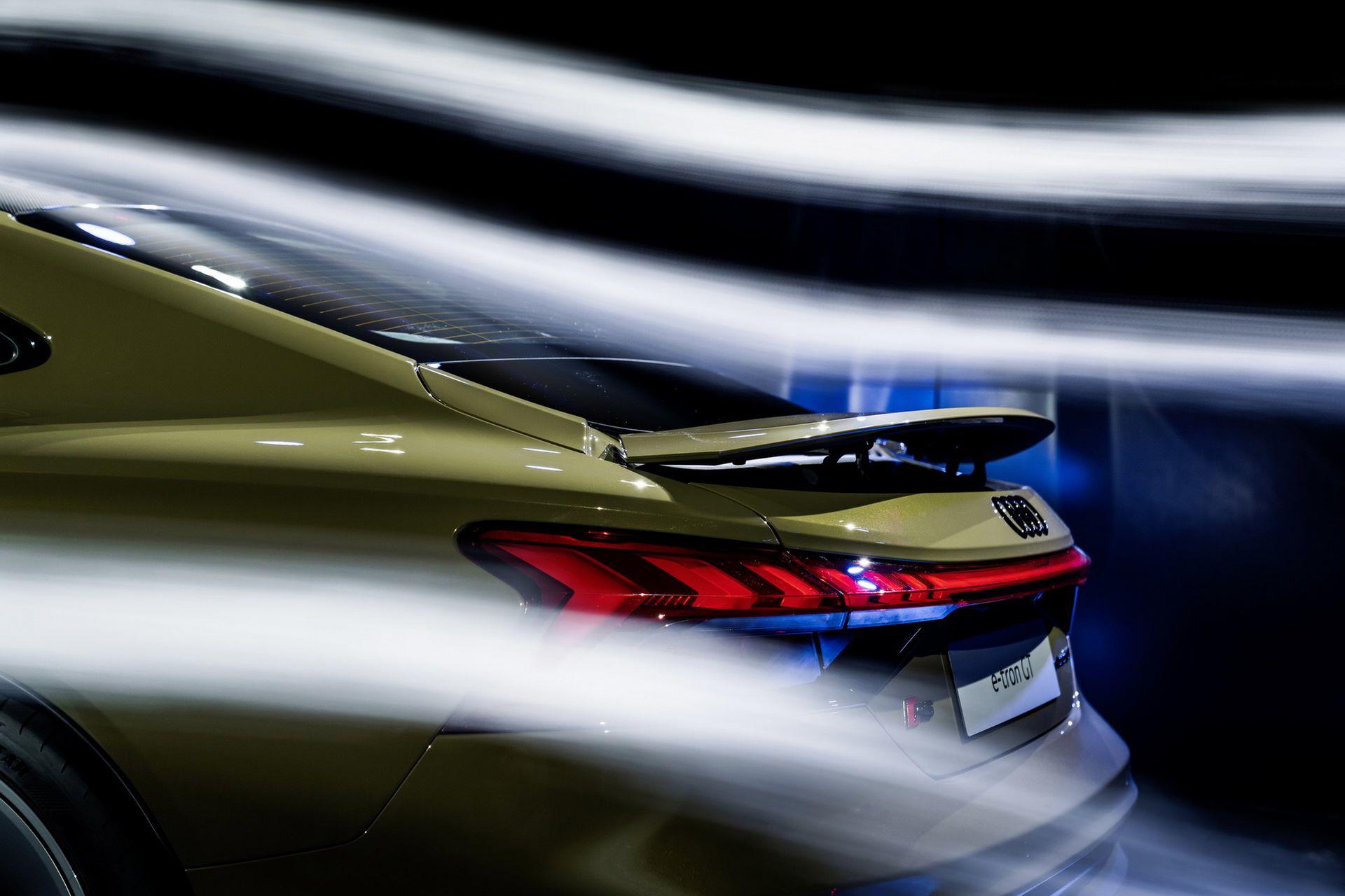 2022-Audi-e-tron-GT-83