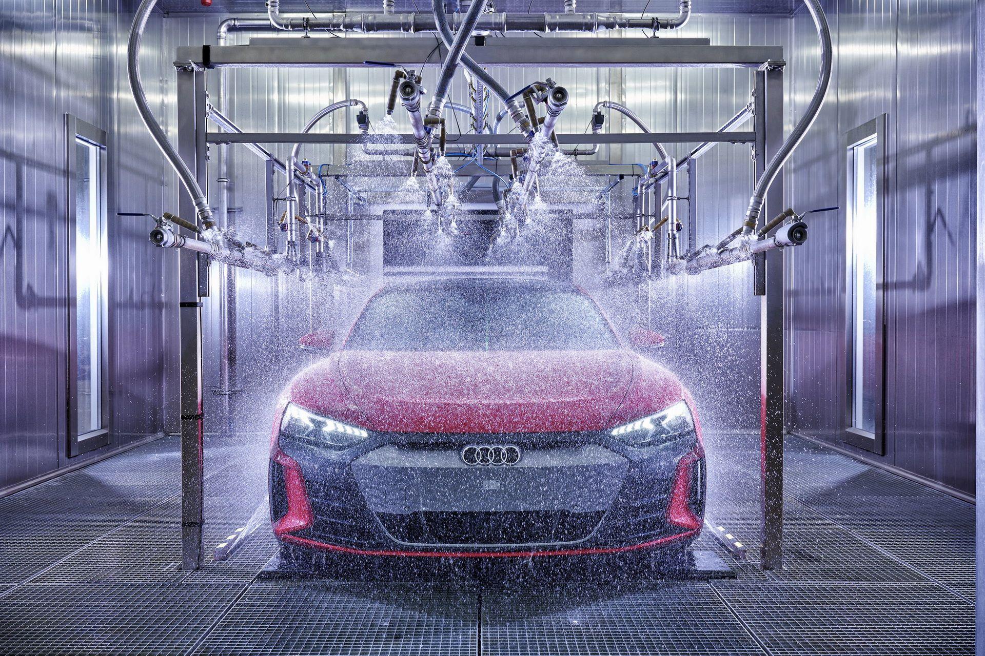 2022-Audi-e-tron-GT-plant-12
