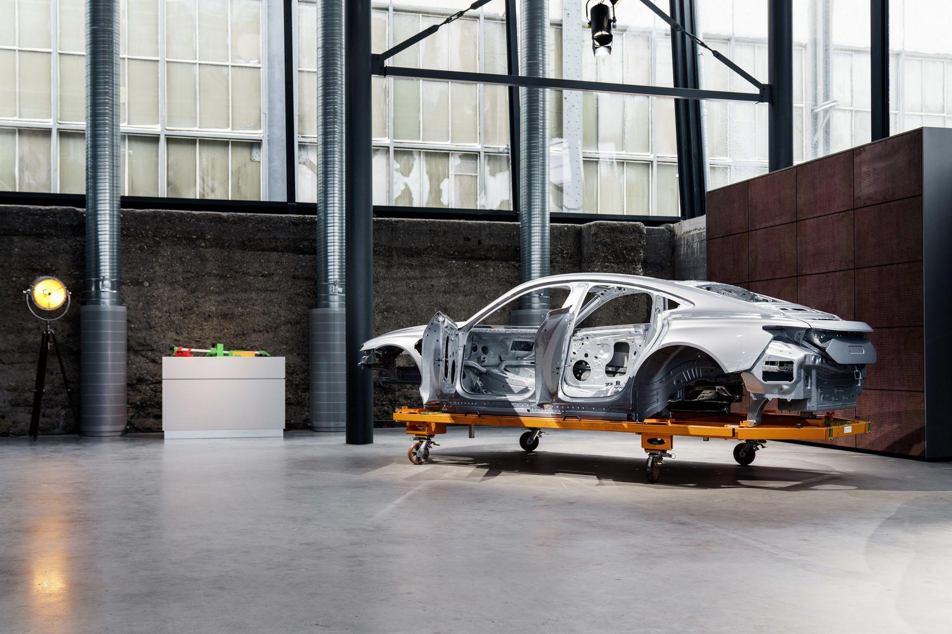 2022-Audi-e-tron-GT-plant-16