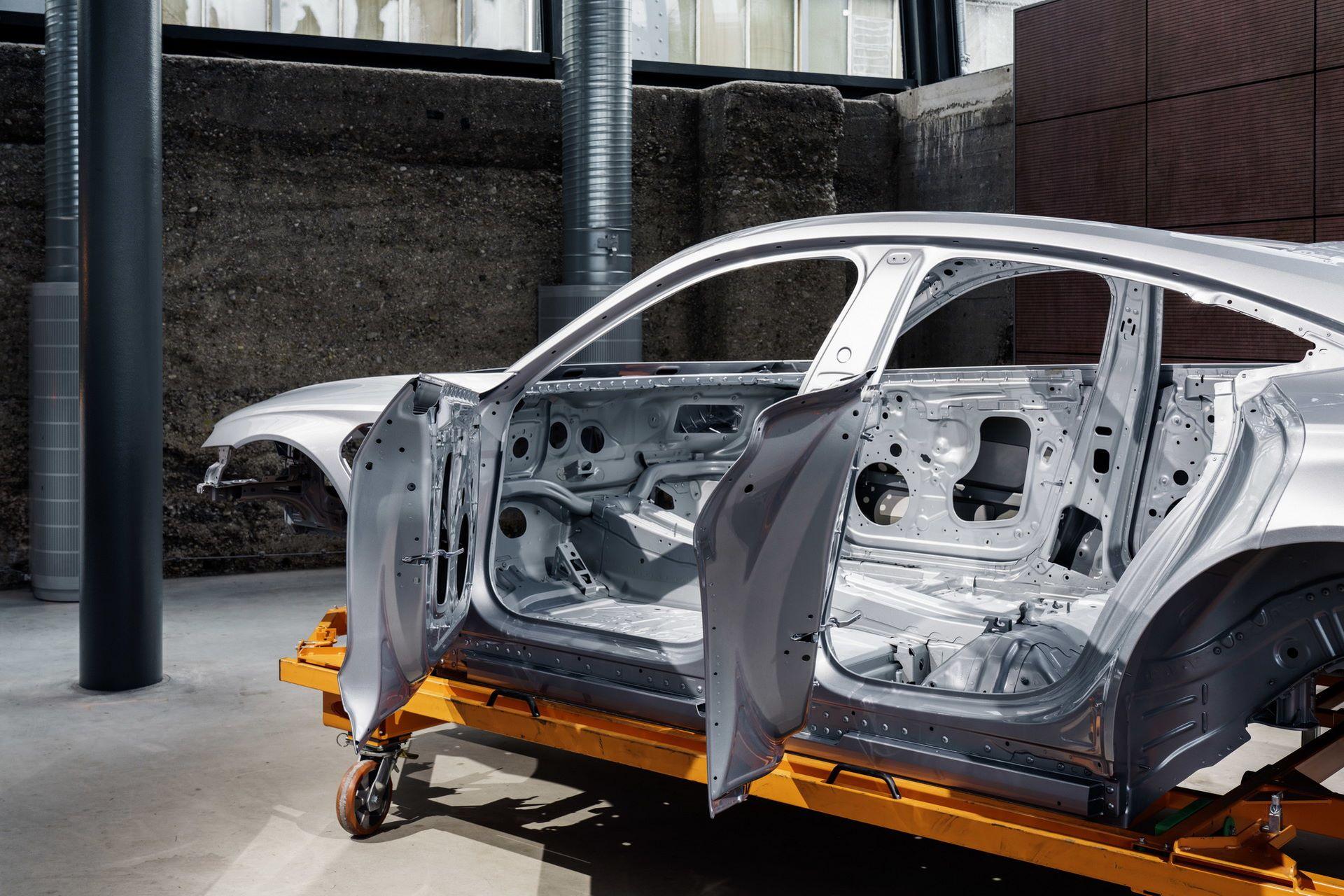 2022-Audi-e-tron-GT-plant-17