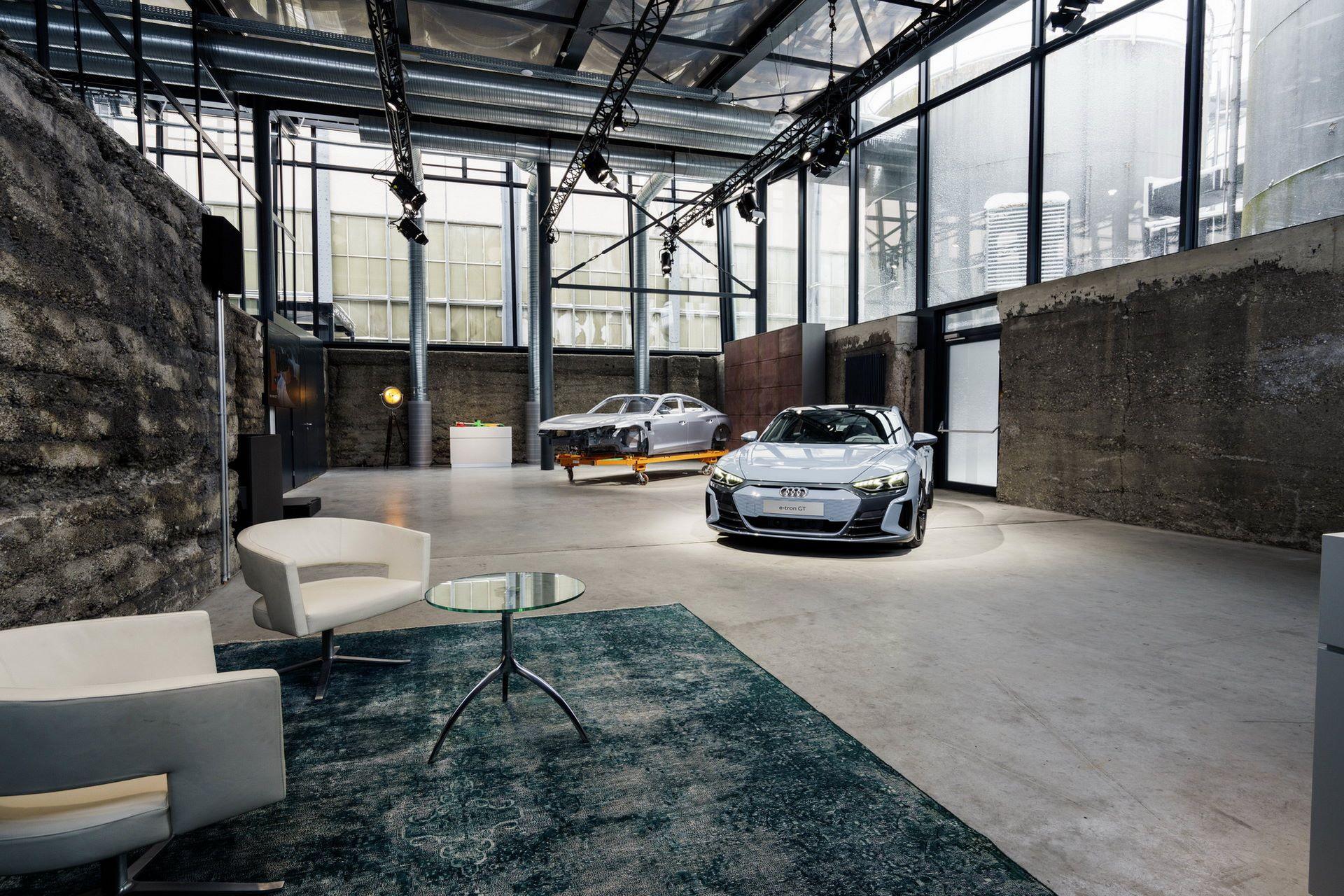 2022-Audi-e-tron-GT-plant-19