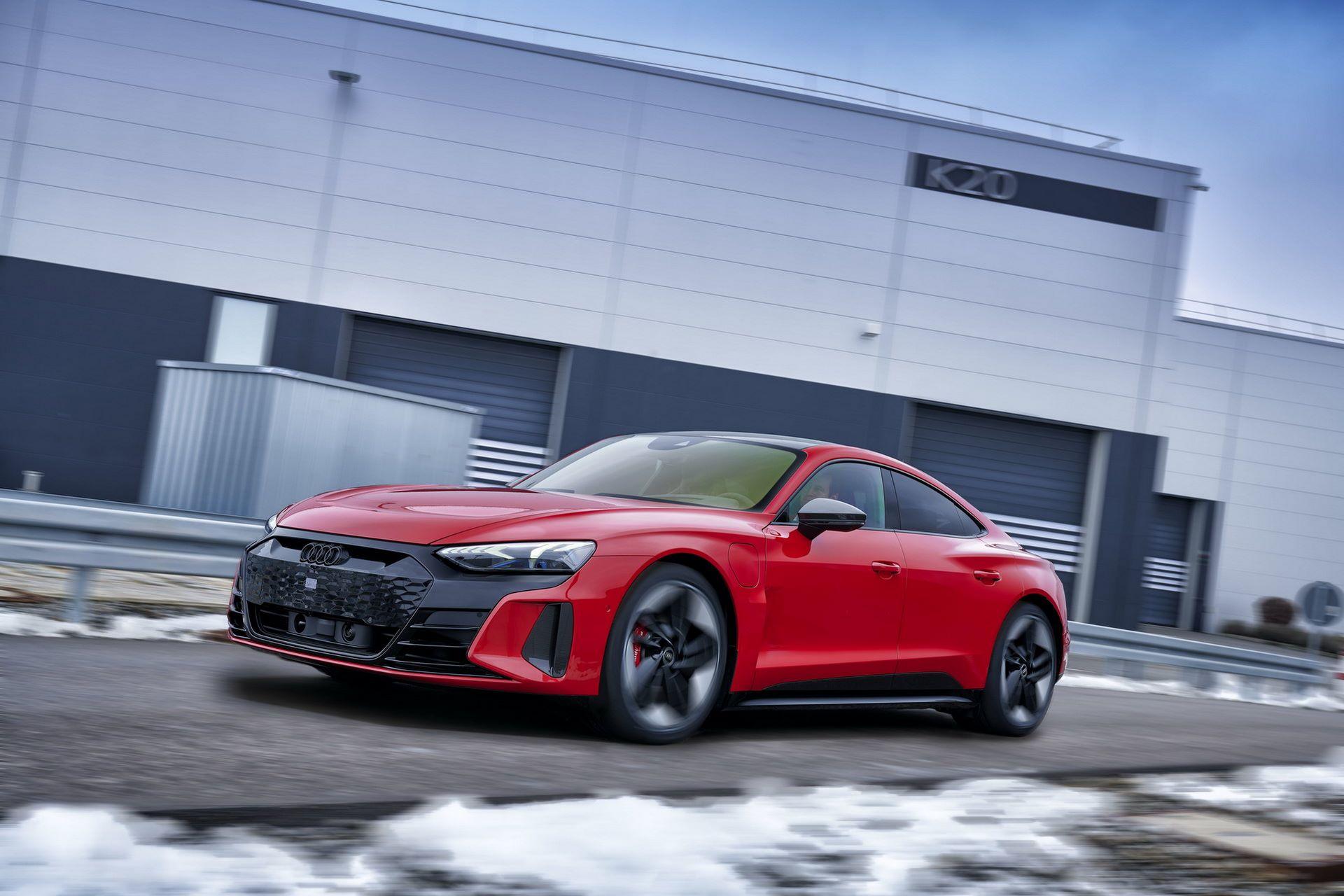 2022-Audi-e-tron-GT-plant-9