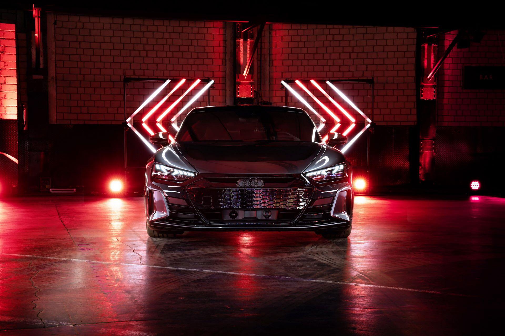 Audi-e-tron-GT-RS-21