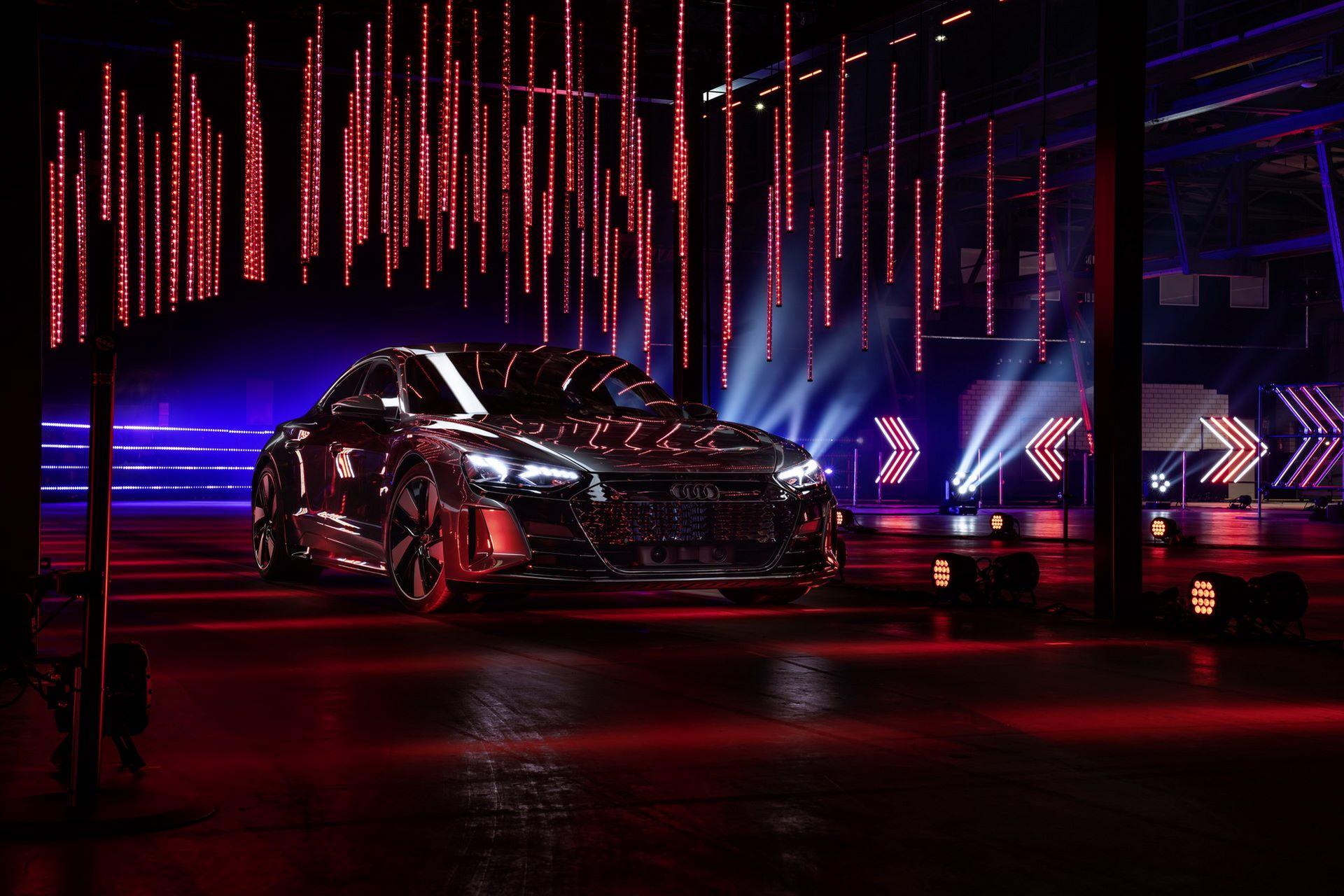 Audi-e-tron-GT-RS-22