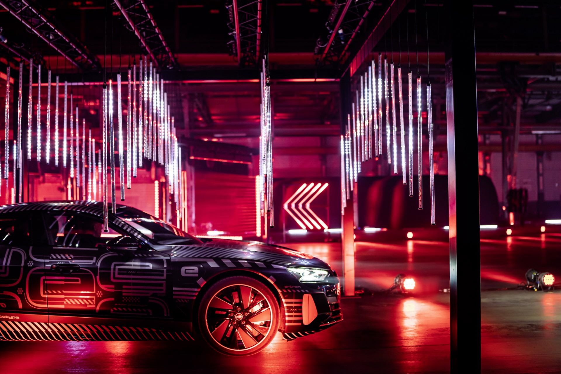 Audi-e-tron-GT-RS-25