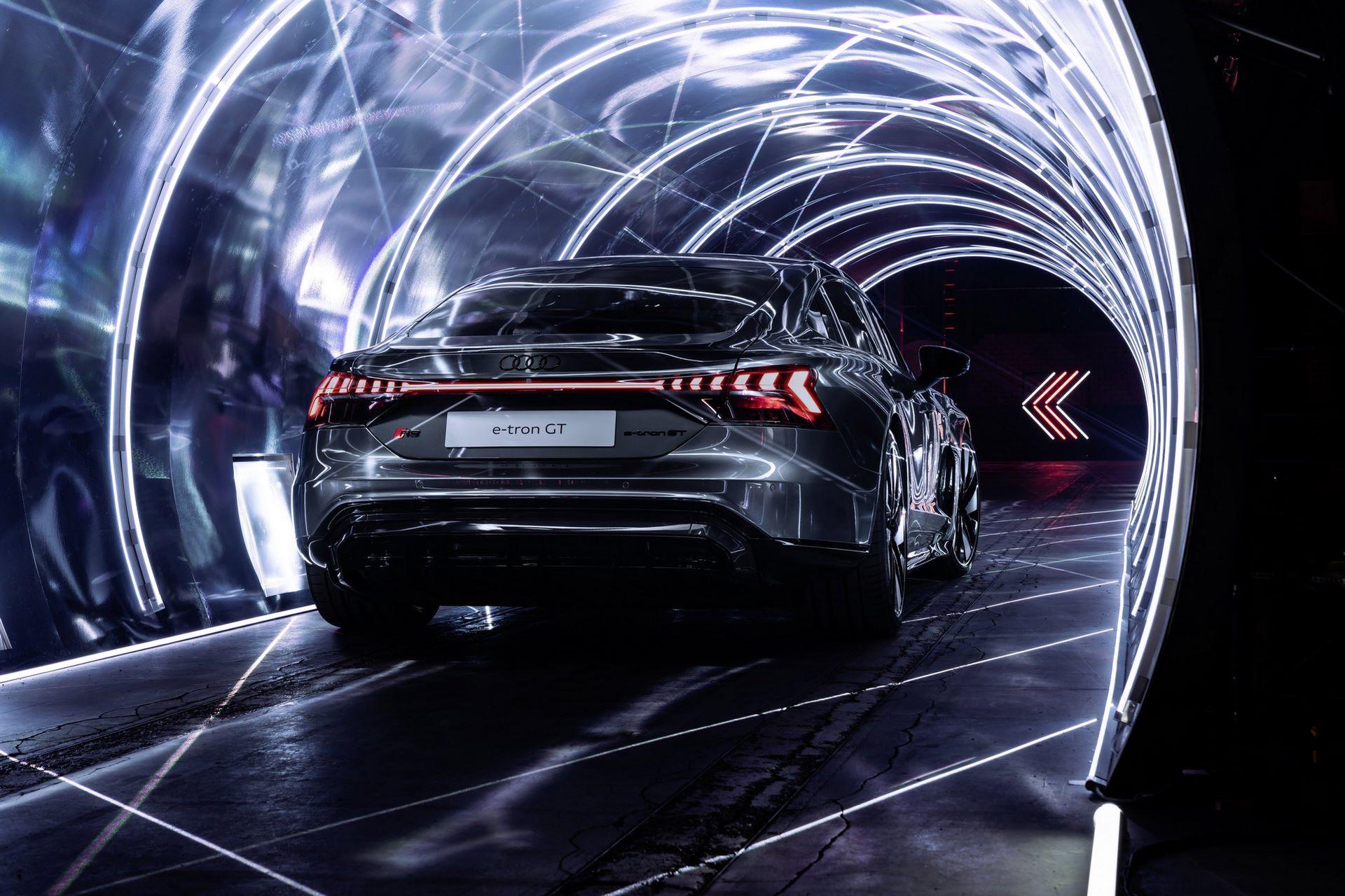 Audi-e-tron-GT-RS-28