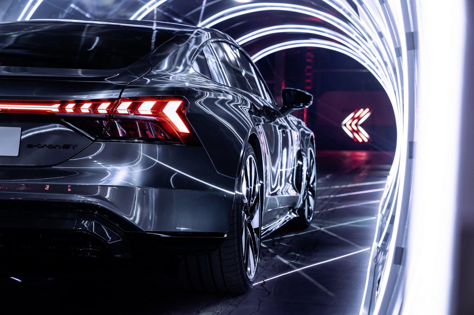 Audi-e-tron-GT-RS-30