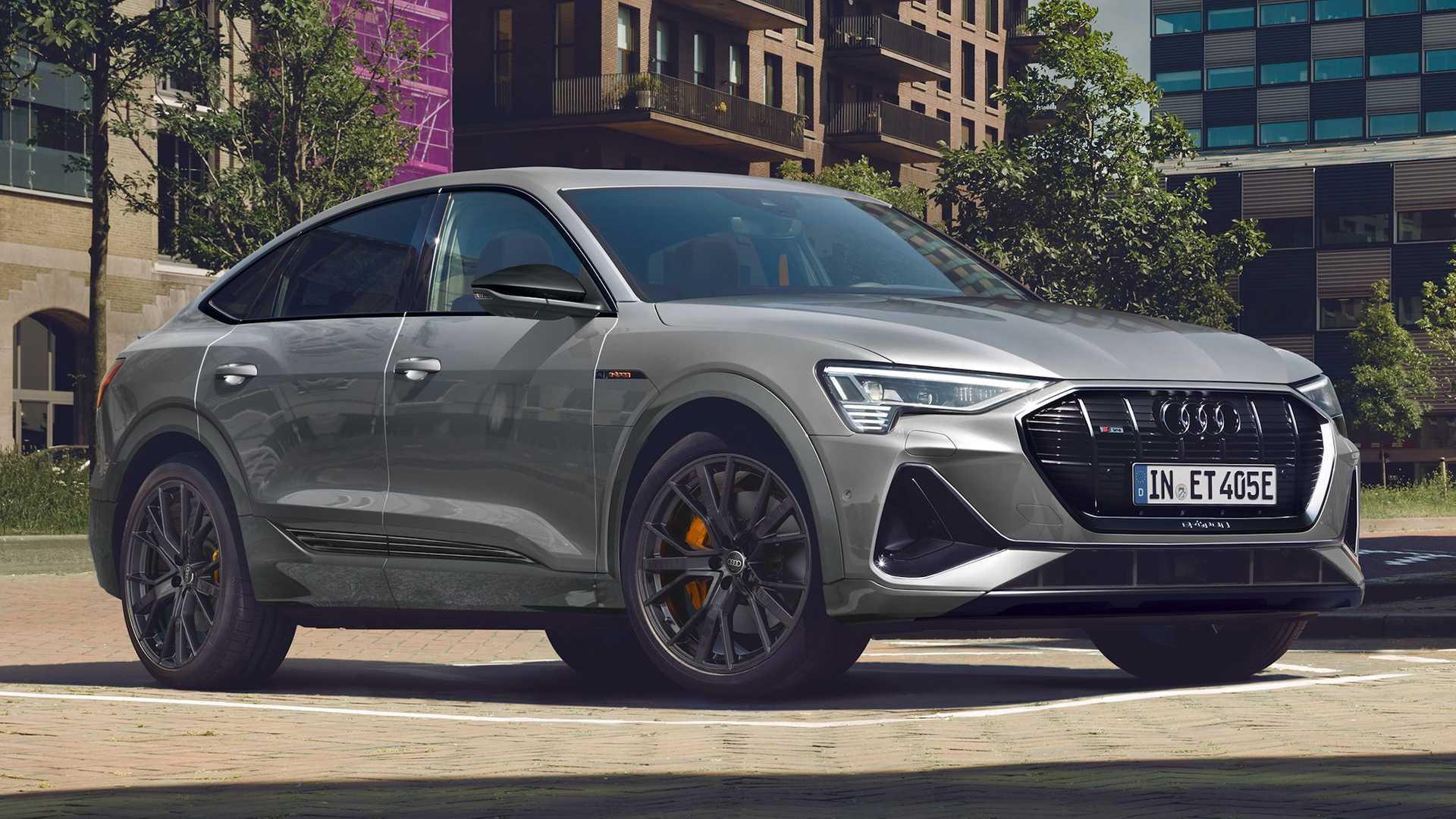 Audi-E-Tron-S-Line-Black-Edition-1