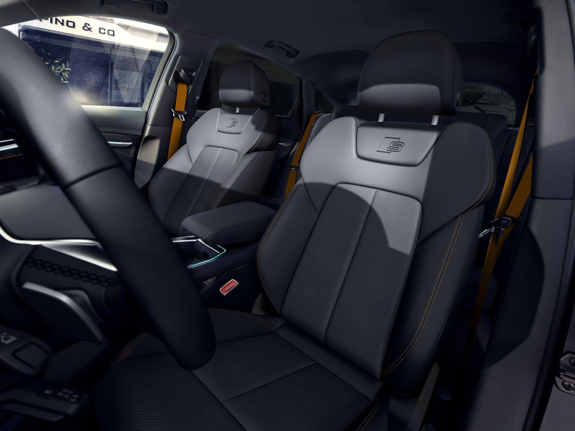 Audi-E-Tron-S-Line-Black-Edition-17