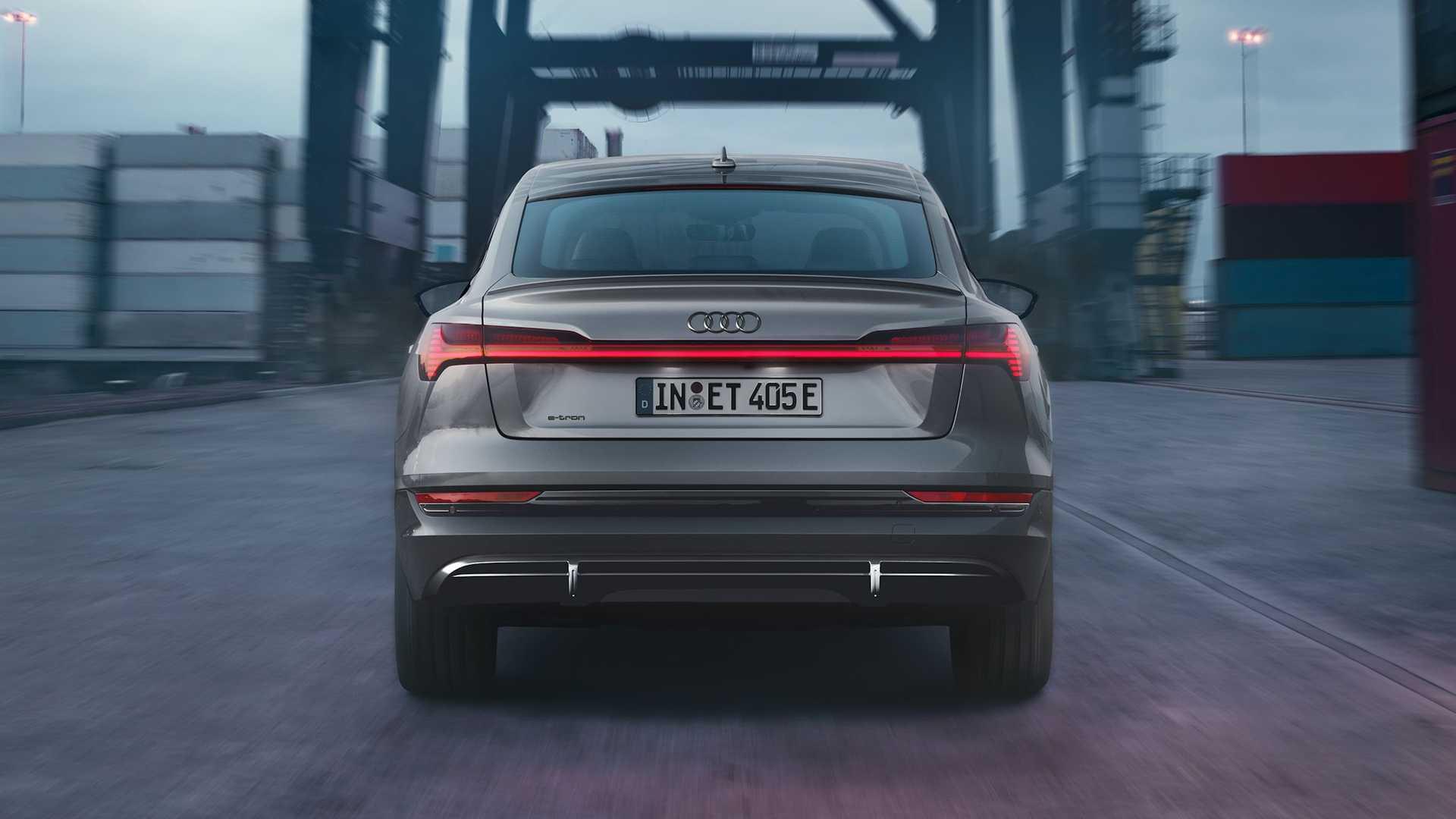 Audi-E-Tron-S-Line-Black-Edition-4