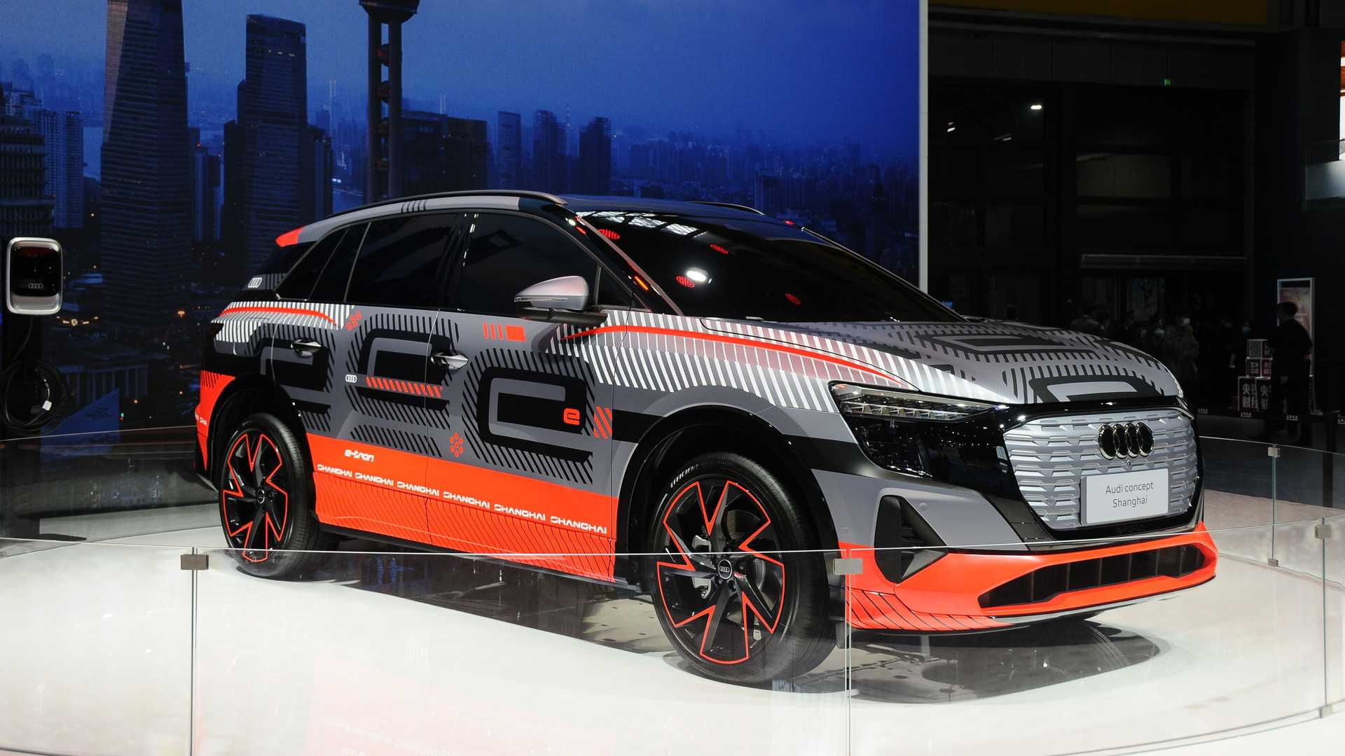 Audi-Electric-SUV-2