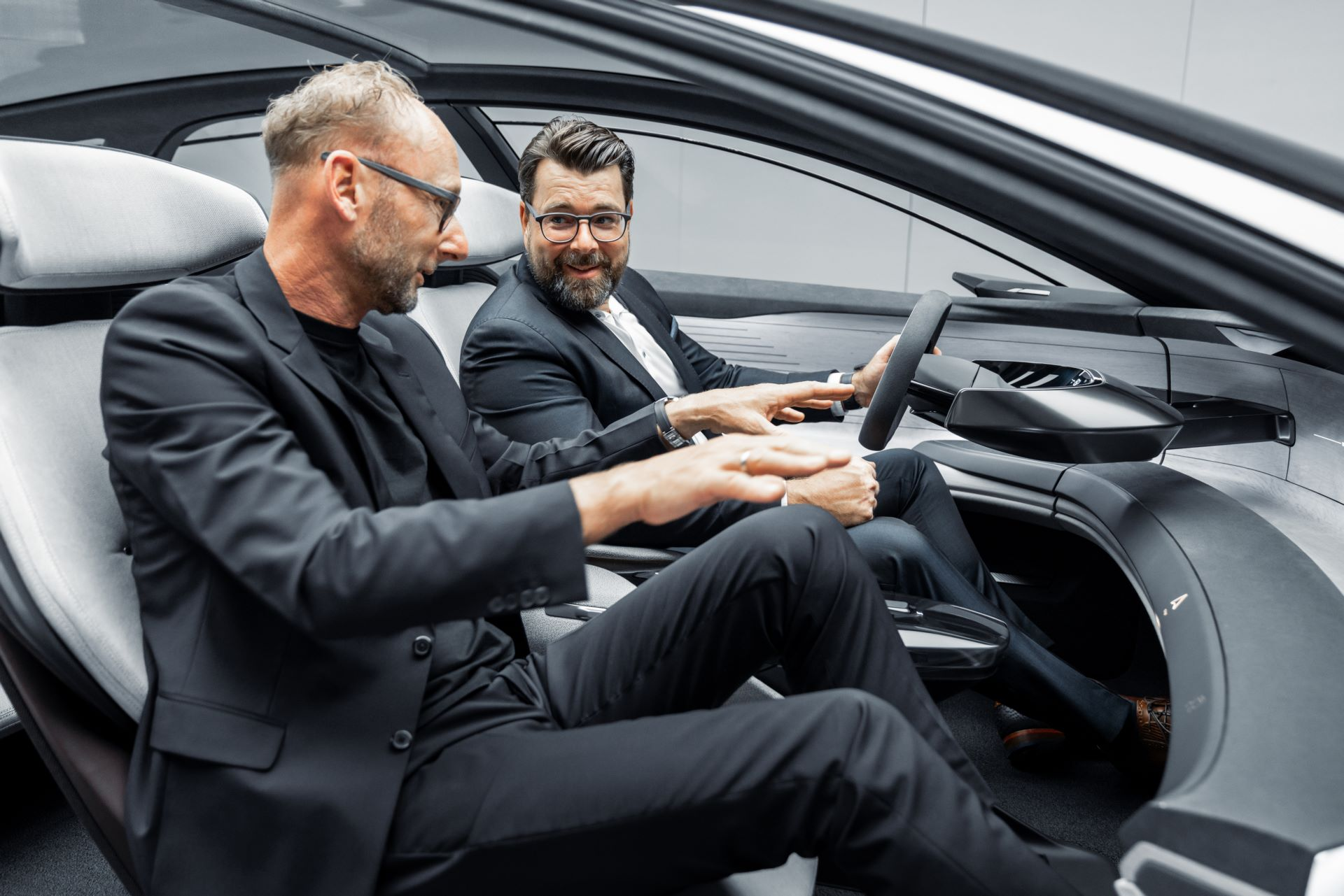 Audi-GrandSphere-concept-19
