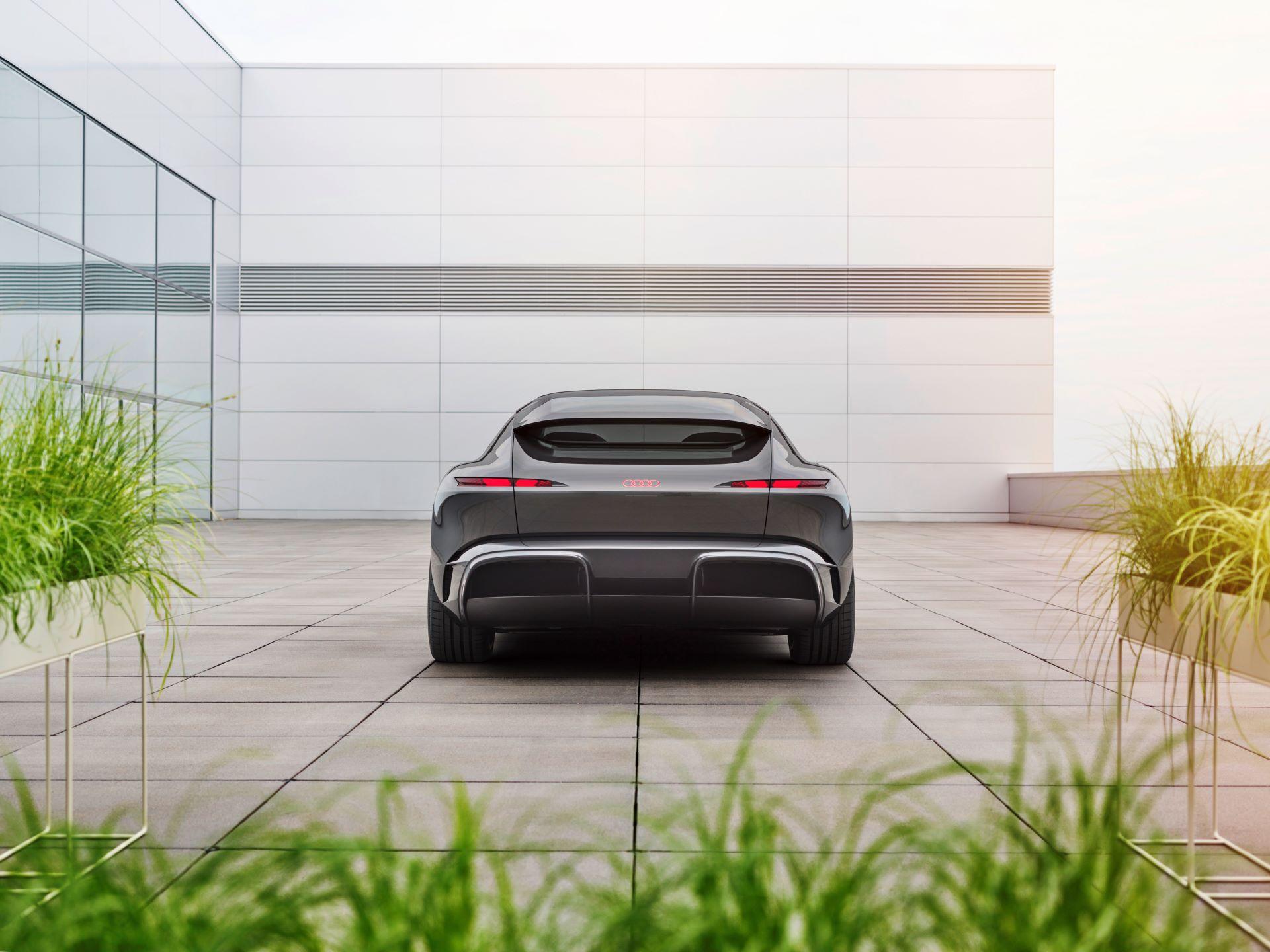 Audi-GrandSphere-concept-25