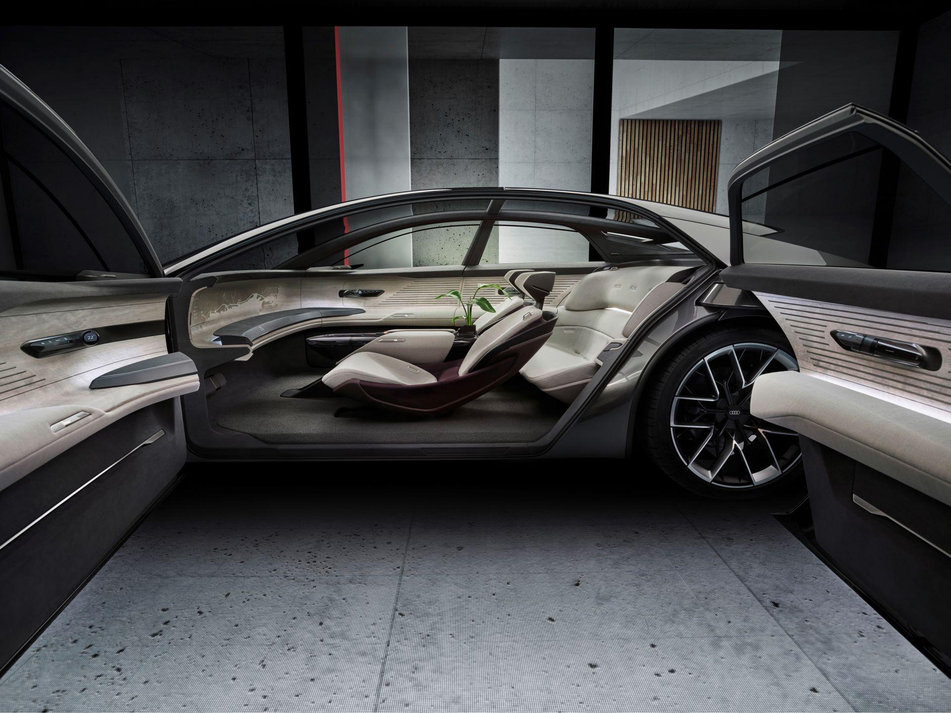 Audi-GrandSphere-concept-28