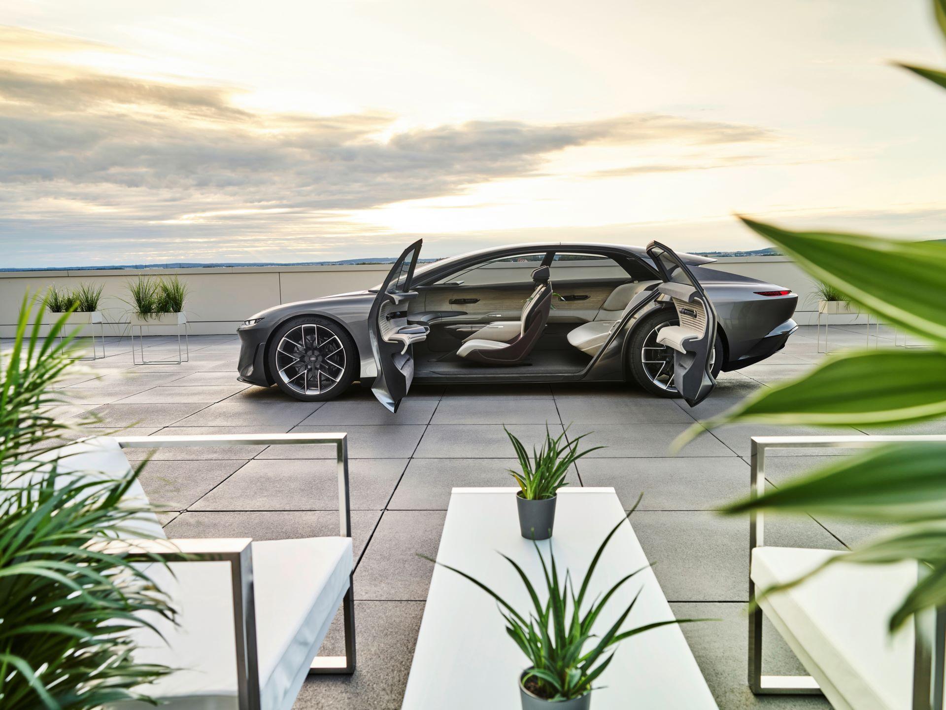Audi-GrandSphere-concept-6