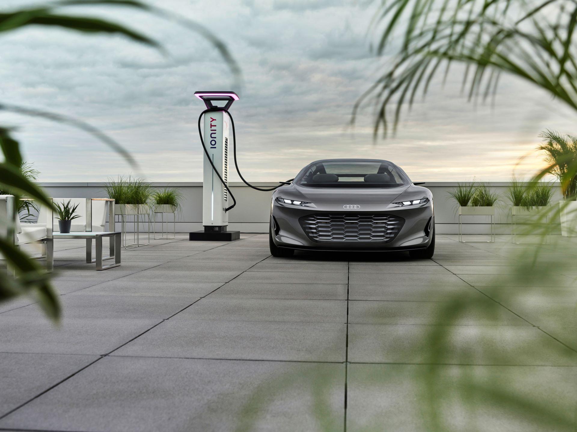 Audi-GrandSphere-concept-7