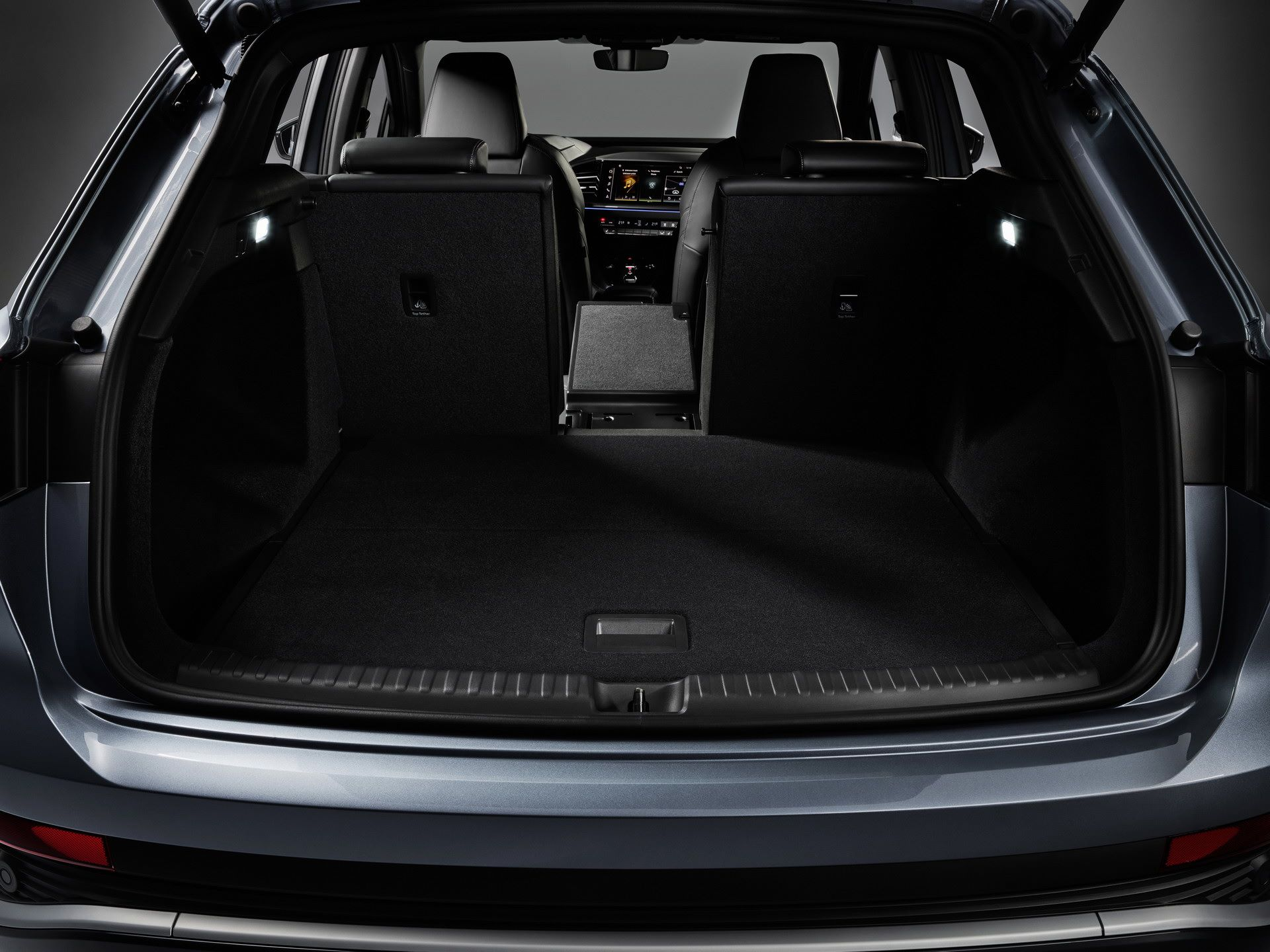 Audi-Q4-e-tron-and-Q4-e-tron-Sportback-72