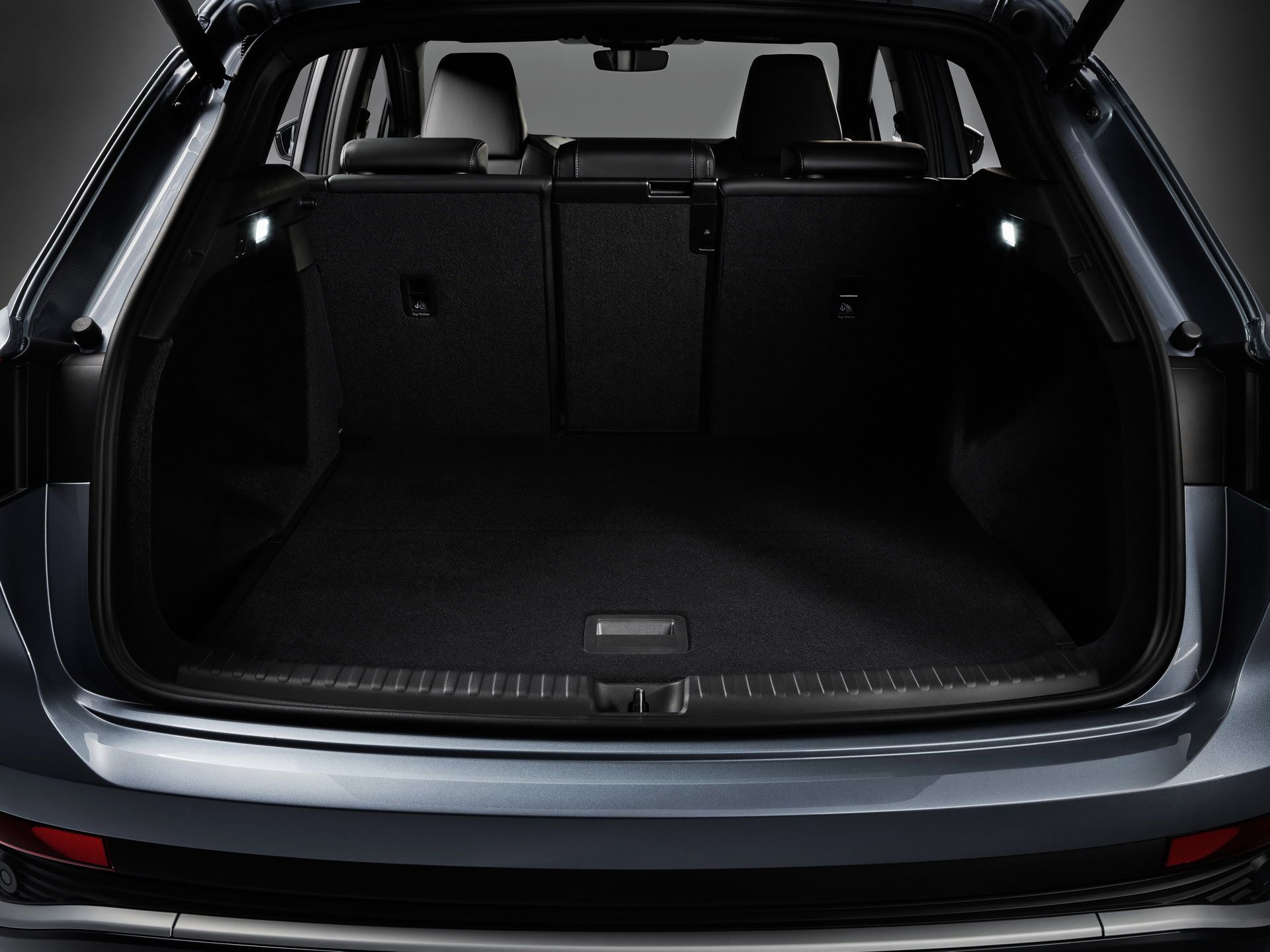 Audi-Q4-e-tron-and-Q4-e-tron-Sportback-73