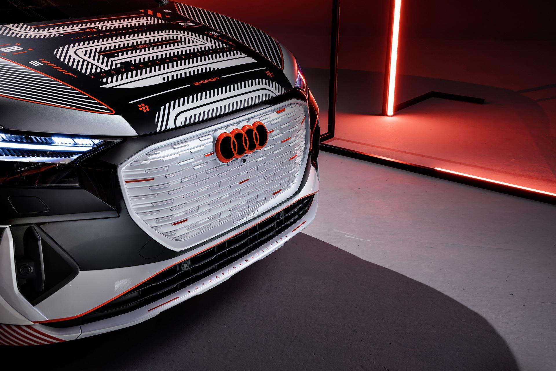 Audi-Q4-E-Tron-1