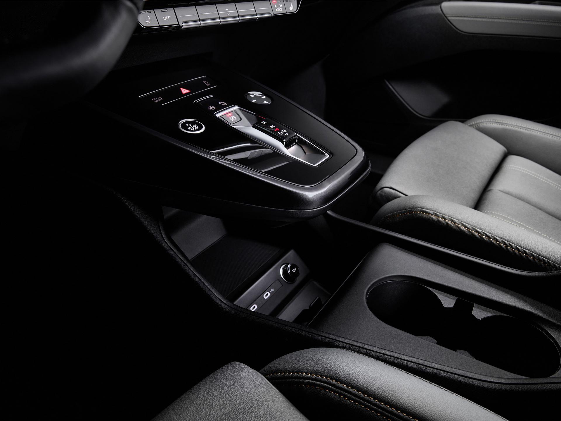 Audi-Q4-E-Tron-104
