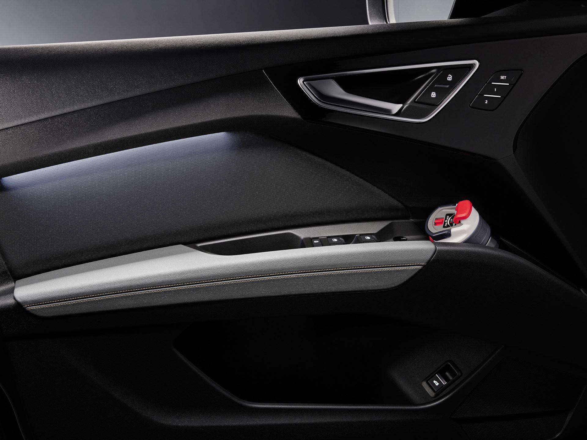 Audi-Q4-E-Tron-107