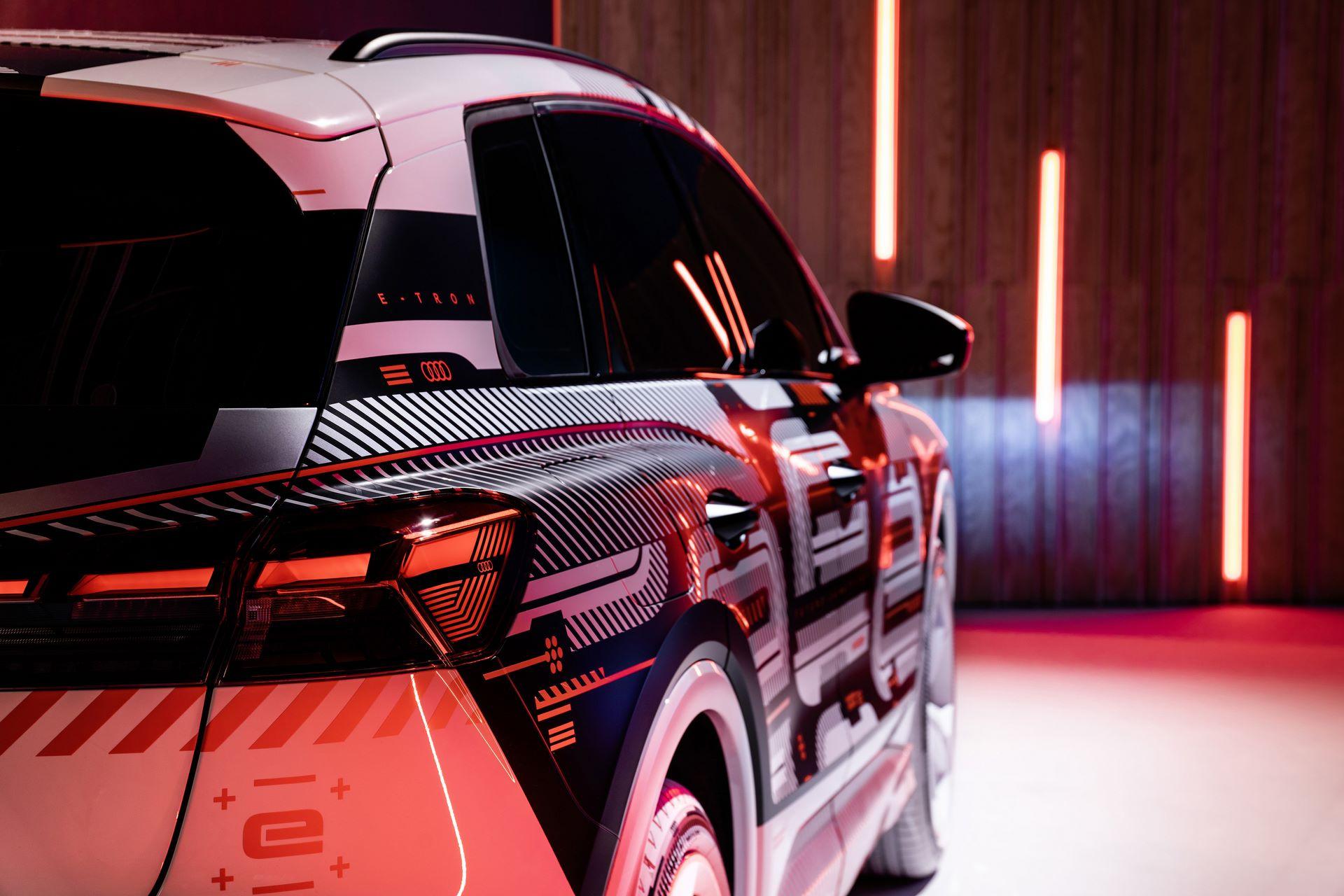 Audi-Q4-E-Tron-11