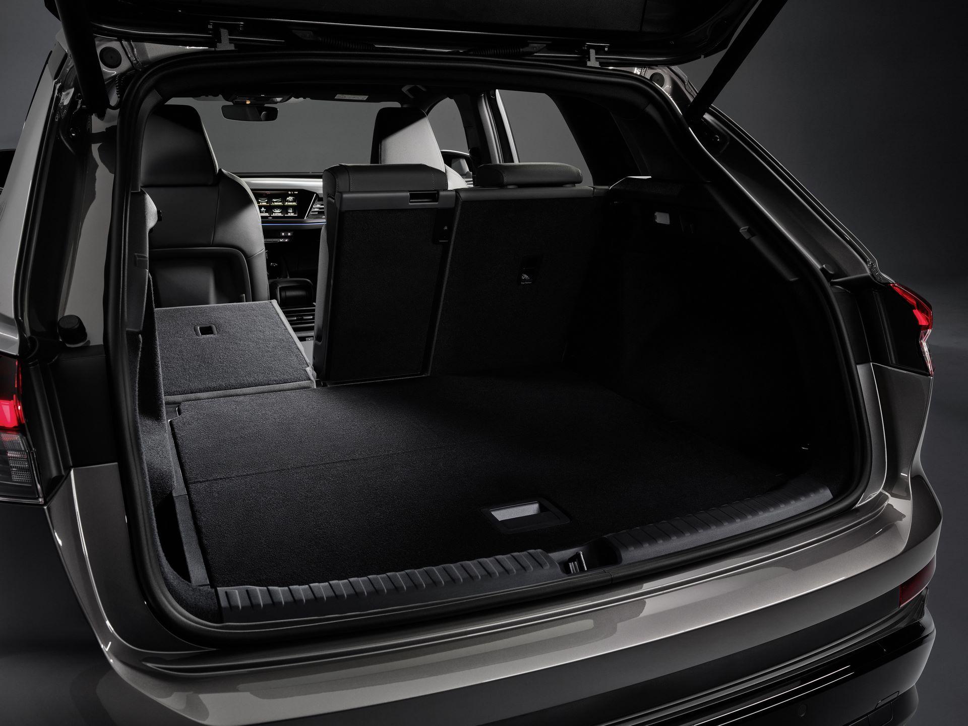 Audi-Q4-E-Tron-114