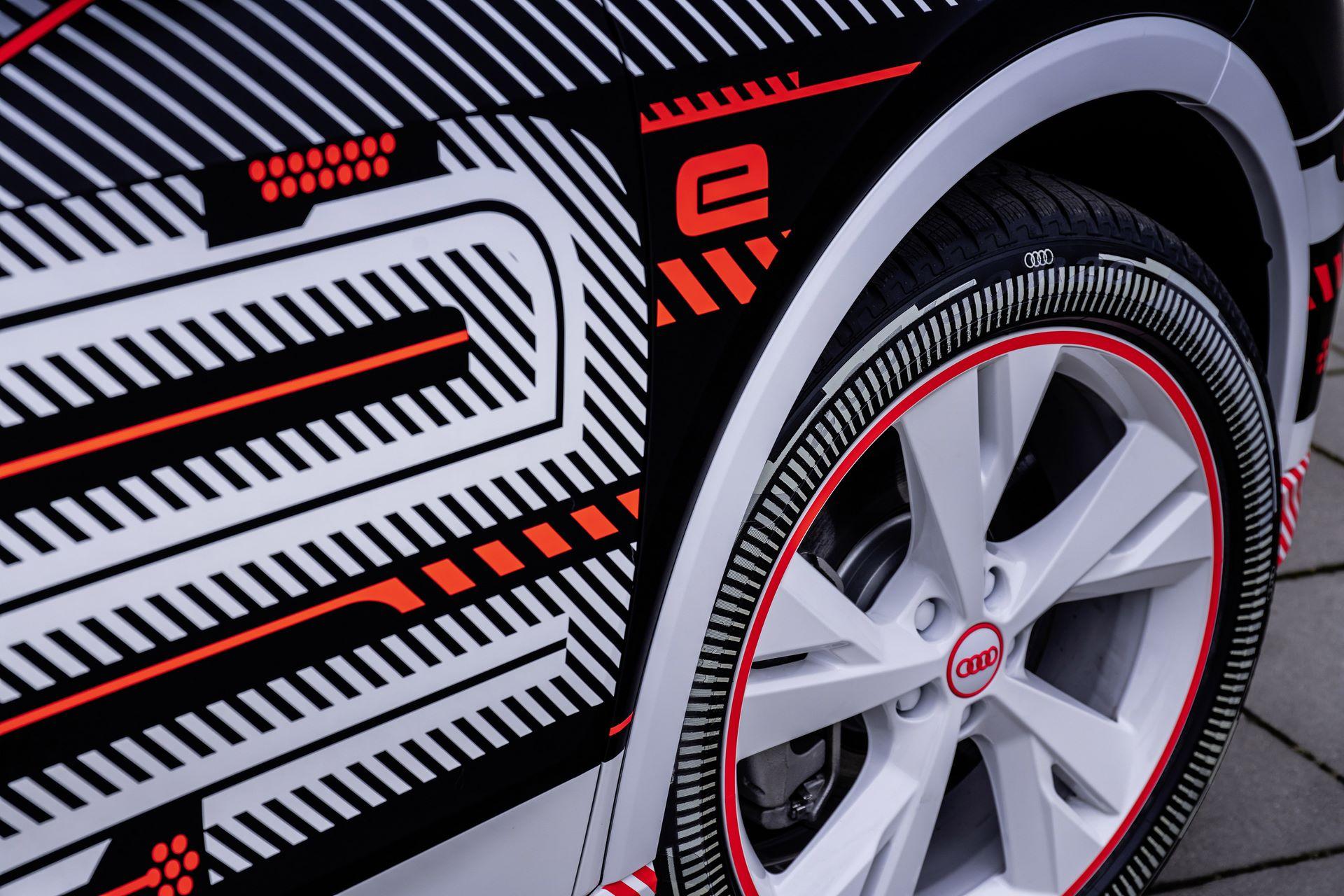 Audi-Q4-E-Tron-14