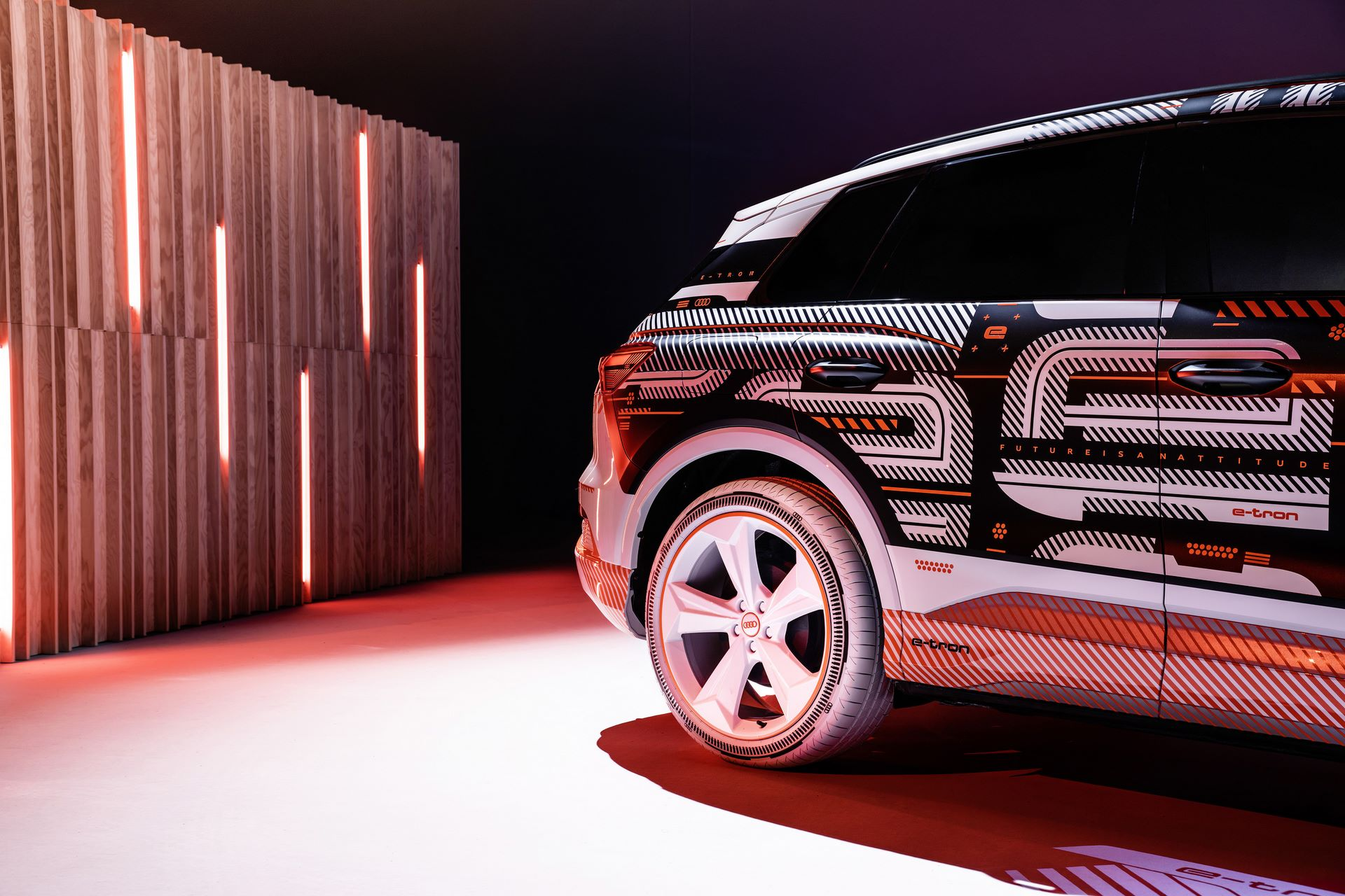 Audi-Q4-E-Tron-2