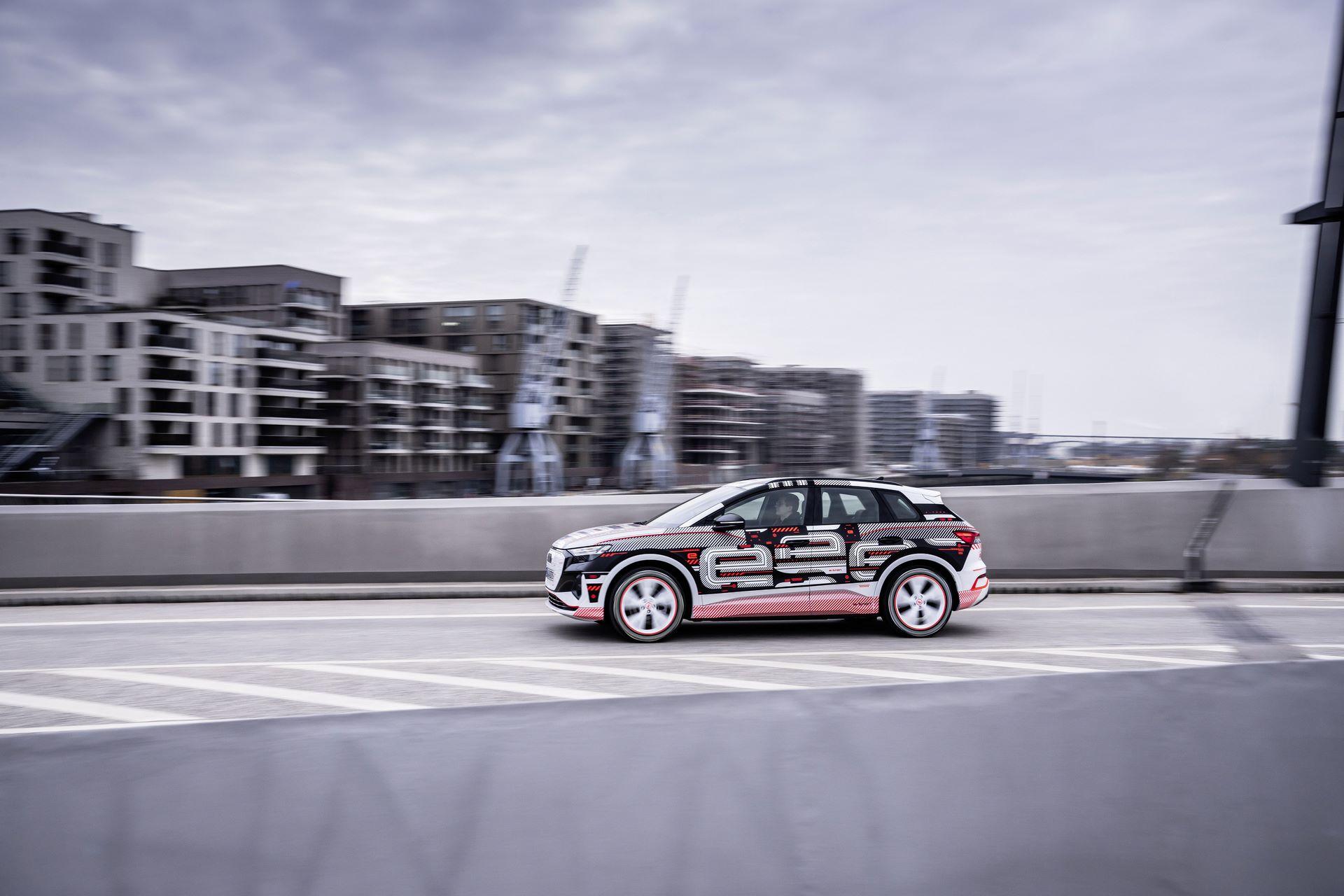 Audi-Q4-E-Tron-25