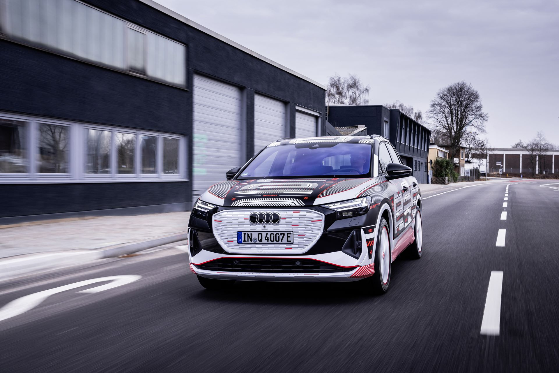 Audi-Q4-E-Tron-28