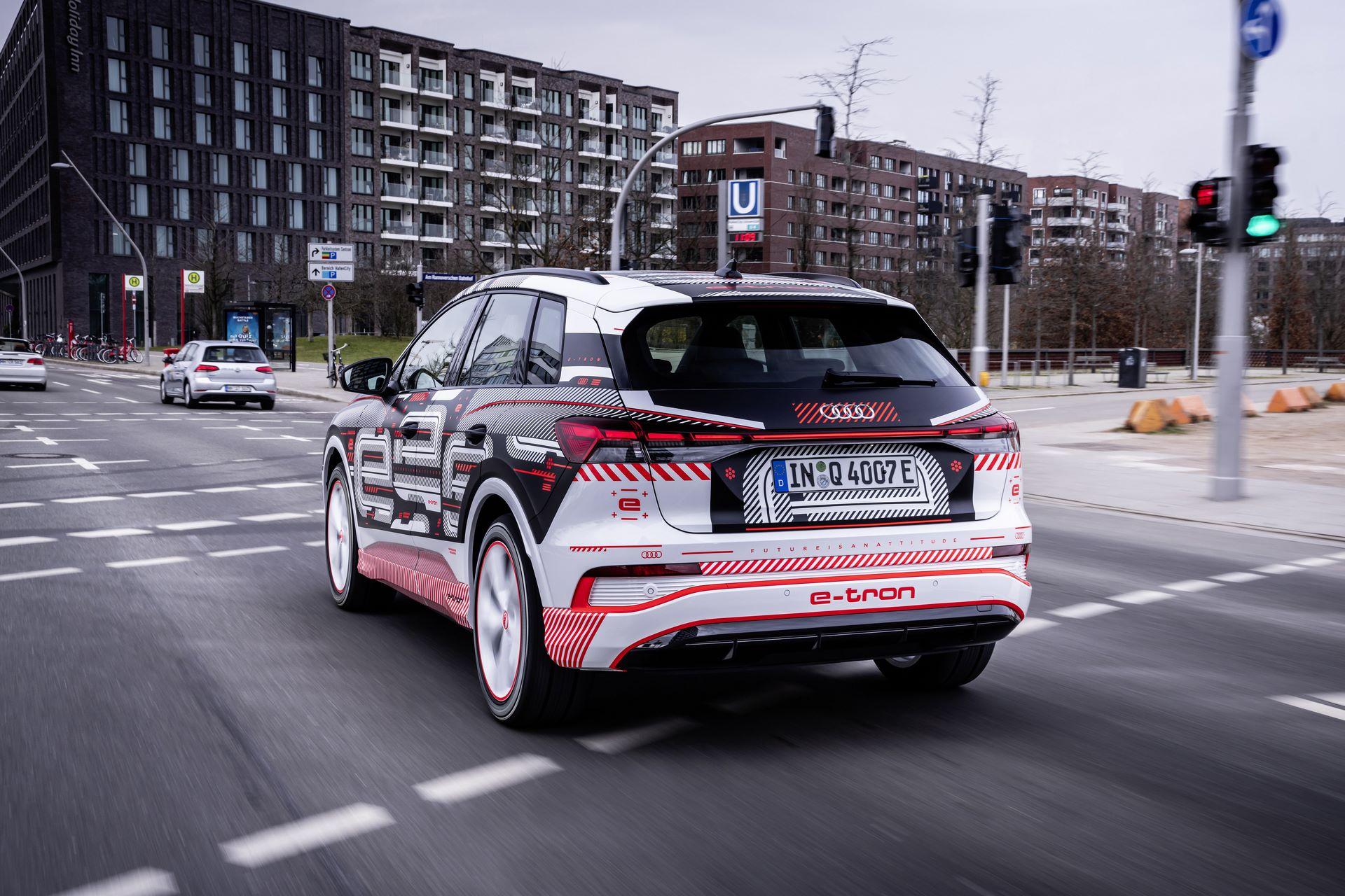 Audi-Q4-E-Tron-36