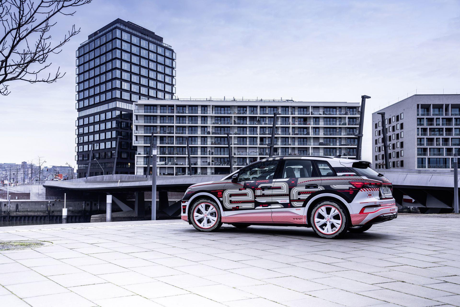 Audi-Q4-E-Tron-63