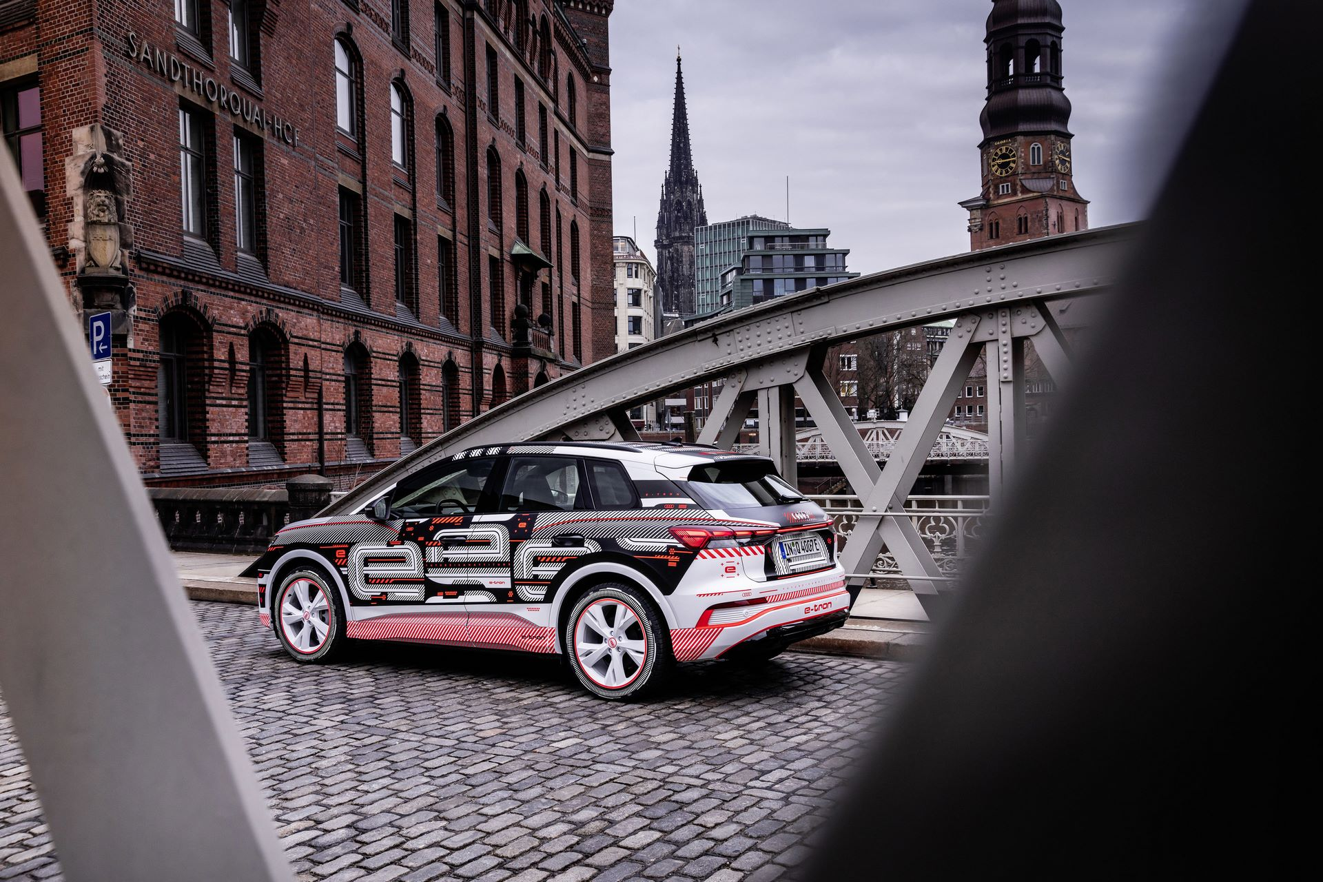 Audi-Q4-E-Tron-71